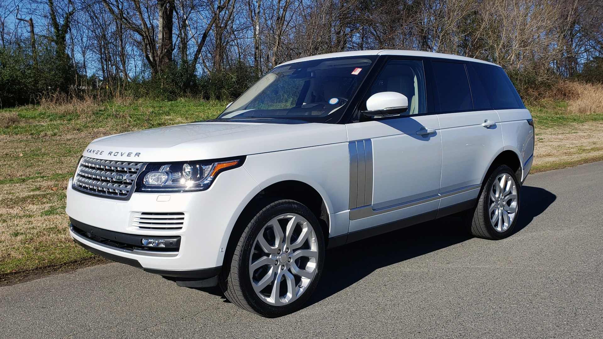 Used 2016 Land Rover RANGE ROVER SC V8 / DRVR ASST / VSN ASST / MERIDIAN / SNRF / BLIND SPOT for sale Sold at Formula Imports in Charlotte NC 28227 1