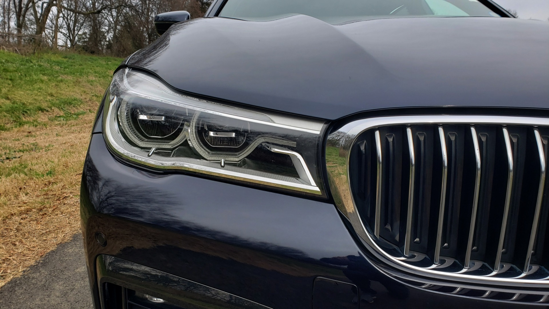 Used 2017 BMW 7 SERIES 750I XDRIVE / M-SPORT / DRVR ASST / EXEC PKG / CLD WTHR for sale Sold at Formula Imports in Charlotte NC 28227 10