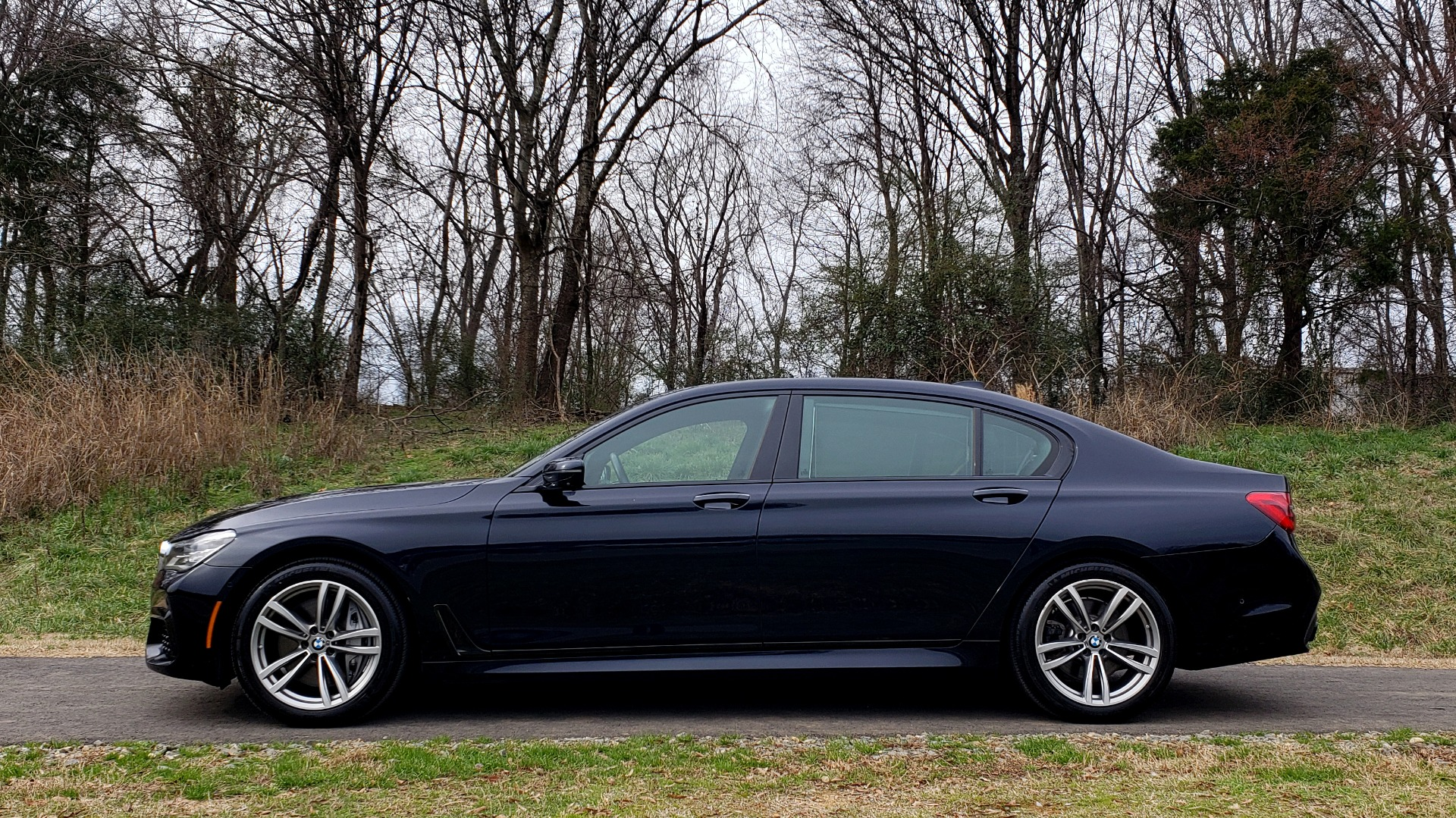 Used 2017 BMW 7 SERIES 750I XDRIVE / M-SPORT / DRVR ASST / EXEC PKG / CLD WTHR for sale Sold at Formula Imports in Charlotte NC 28227 2