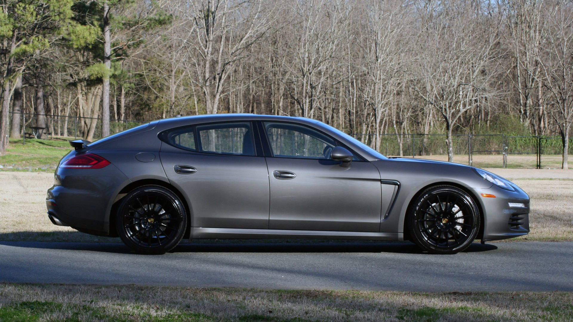 Used 2016 Porsche PANAMERA S / TURBO V6 / PDK / NAV / BOSE / SNRF / LDW / REARVIEW for sale Sold at Formula Imports in Charlotte NC 28227 15
