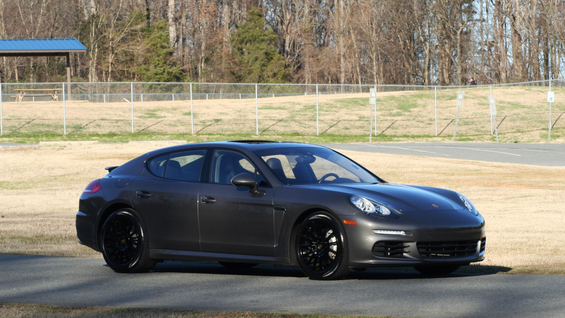 Used 2016 Porsche PANAMERA S / TURBO V6 / PDK / NAV / BOSE / SNRF / LDW / REARVIEW for sale Sold at Formula Imports in Charlotte NC 28227 17