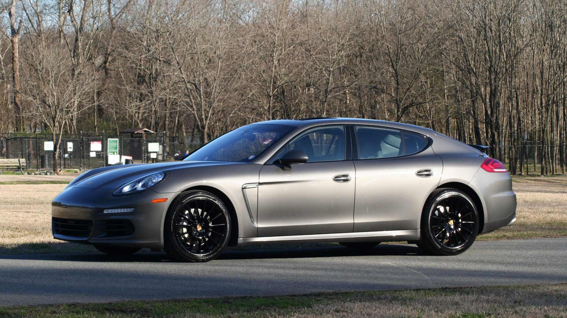 Used 2016 Porsche PANAMERA S / TURBO V6 / PDK / NAV / BOSE / SNRF / LDW / REARVIEW for sale Sold at Formula Imports in Charlotte NC 28227 3