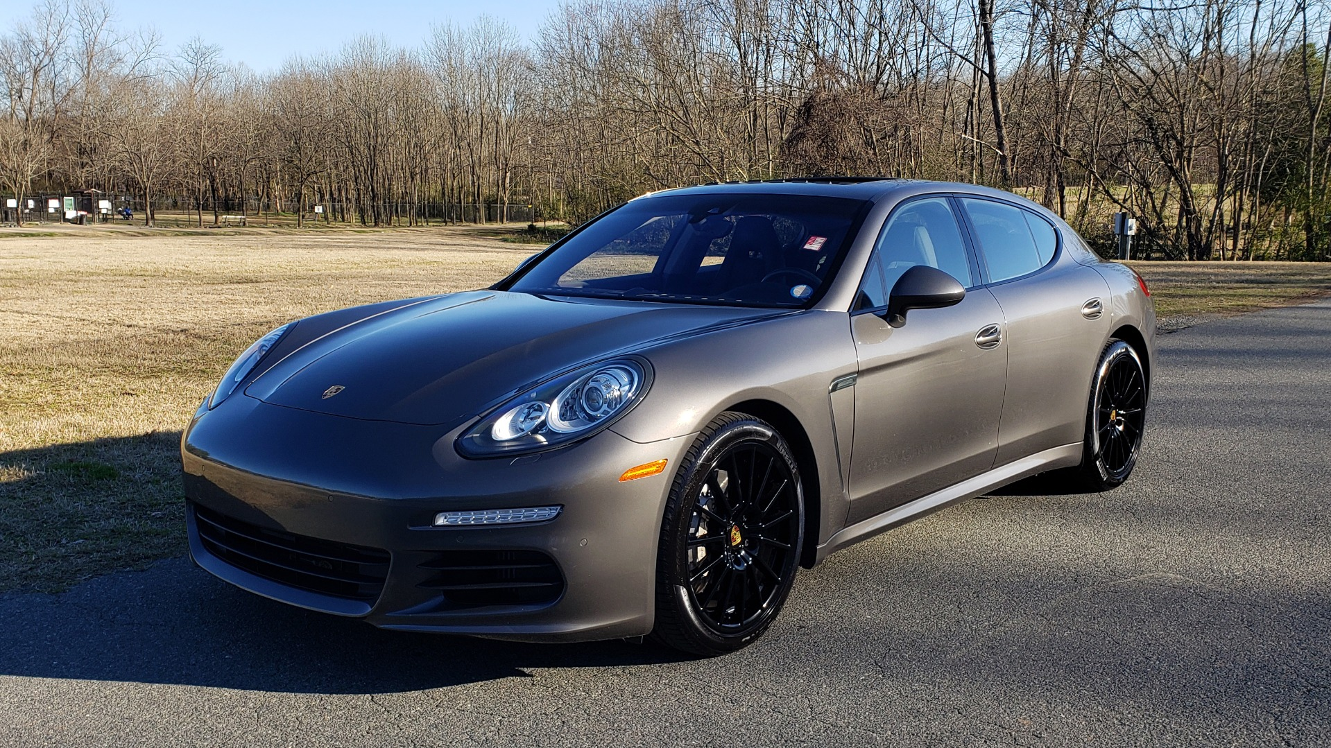 Used 2016 Porsche PANAMERA S / TURBO V6 / PDK / NAV / BOSE / SNRF / LDW / REARVIEW for sale Sold at Formula Imports in Charlotte NC 28227 30