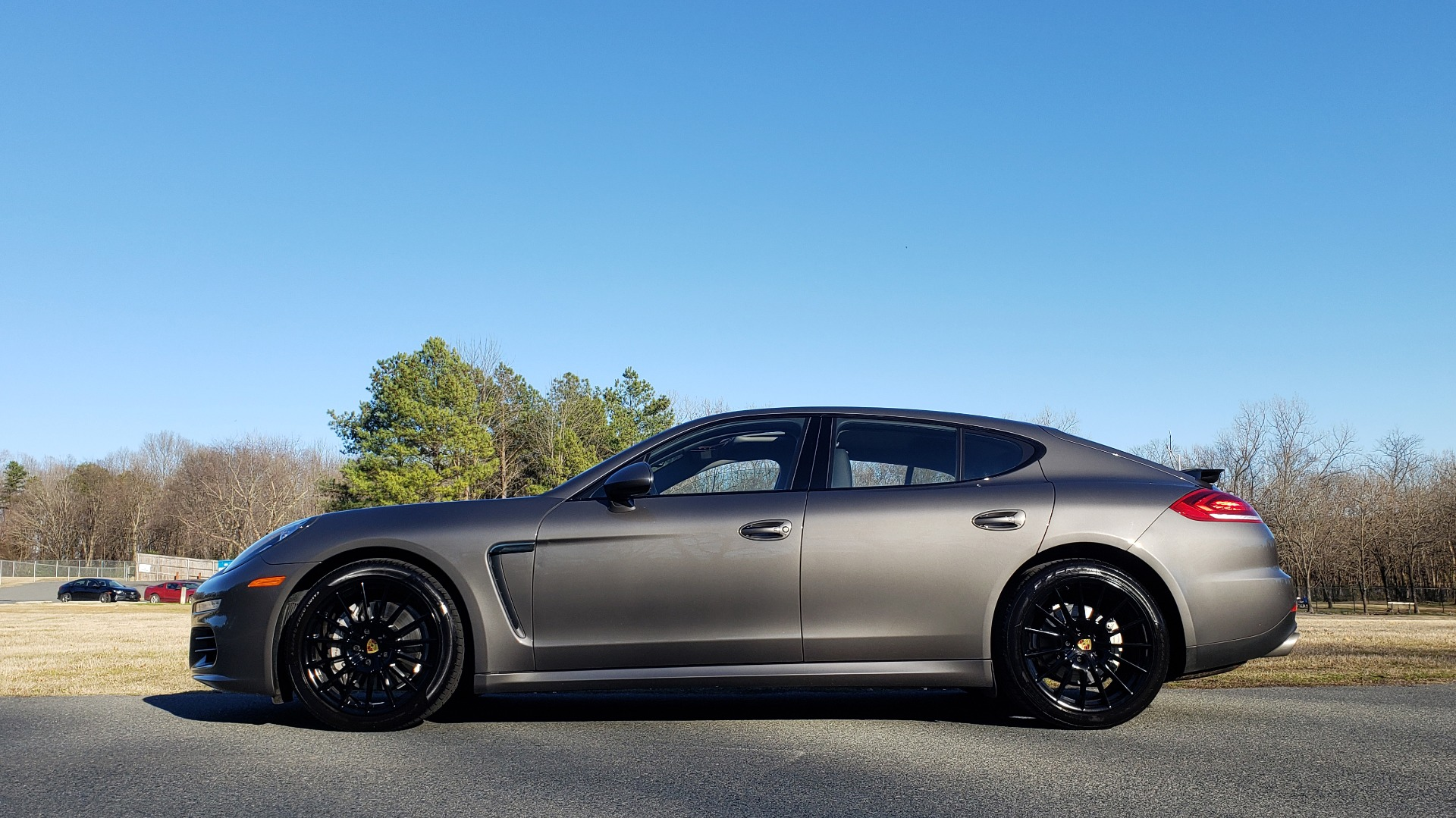 Used 2016 Porsche PANAMERA S / TURBO V6 / PDK / NAV / BOSE / SNRF / LDW / REARVIEW for sale Sold at Formula Imports in Charlotte NC 28227 32