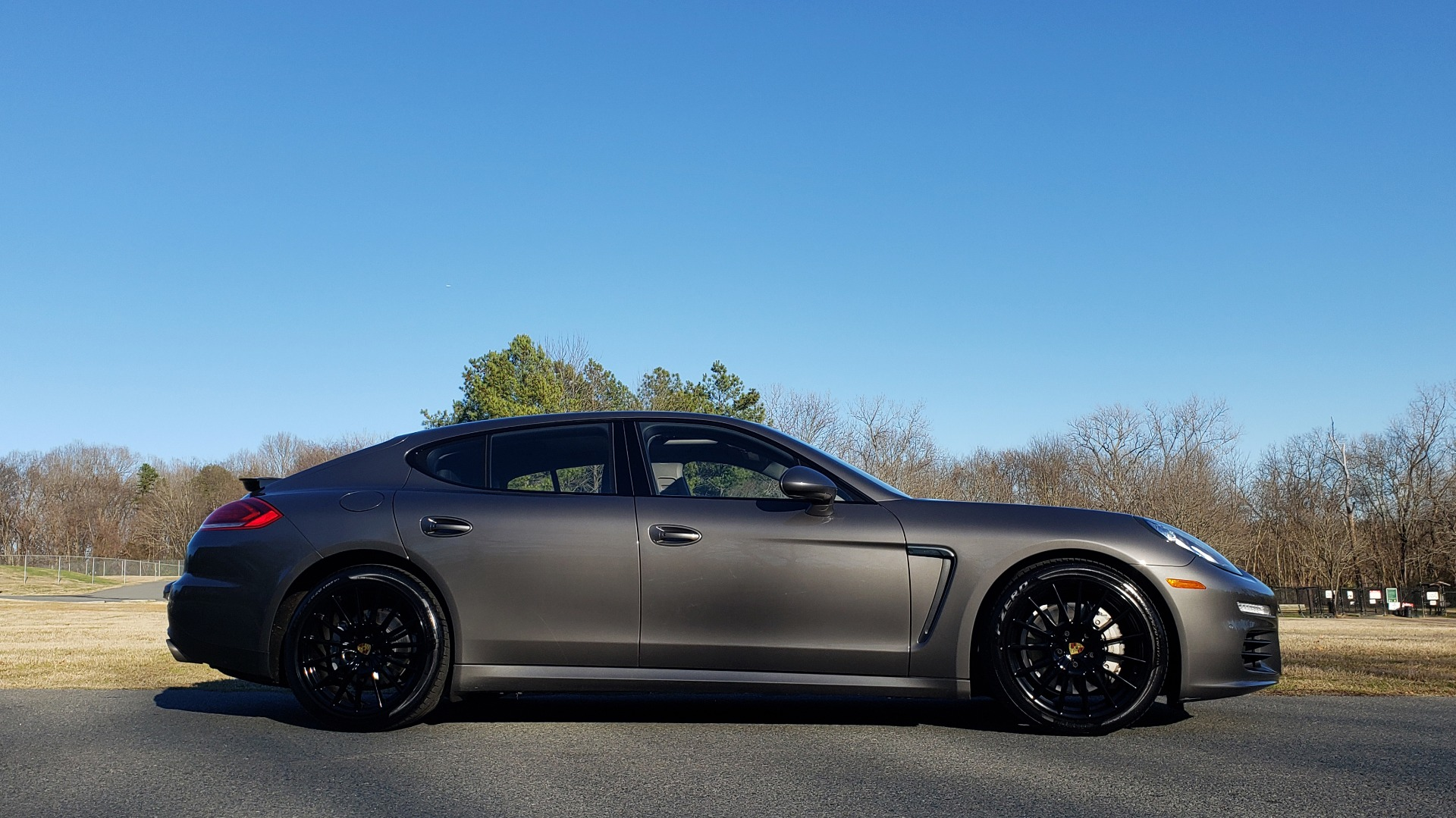 Used 2016 Porsche PANAMERA S / TURBO V6 / PDK / NAV / BOSE / SNRF / LDW / REARVIEW for sale Sold at Formula Imports in Charlotte NC 28227 37