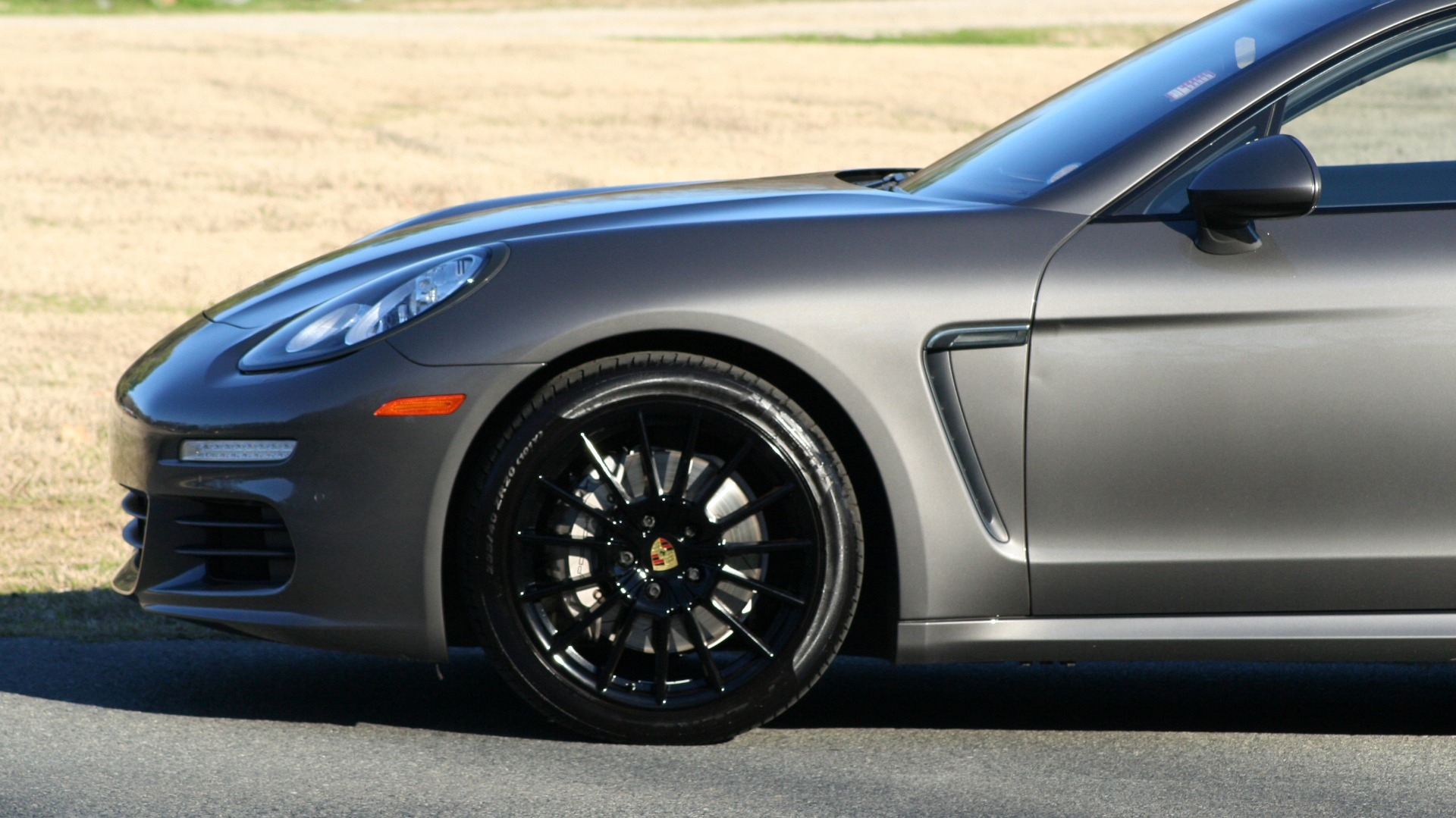 Used 2016 Porsche PANAMERA S / TURBO V6 / PDK / NAV / BOSE / SNRF / LDW / REARVIEW for sale Sold at Formula Imports in Charlotte NC 28227 4