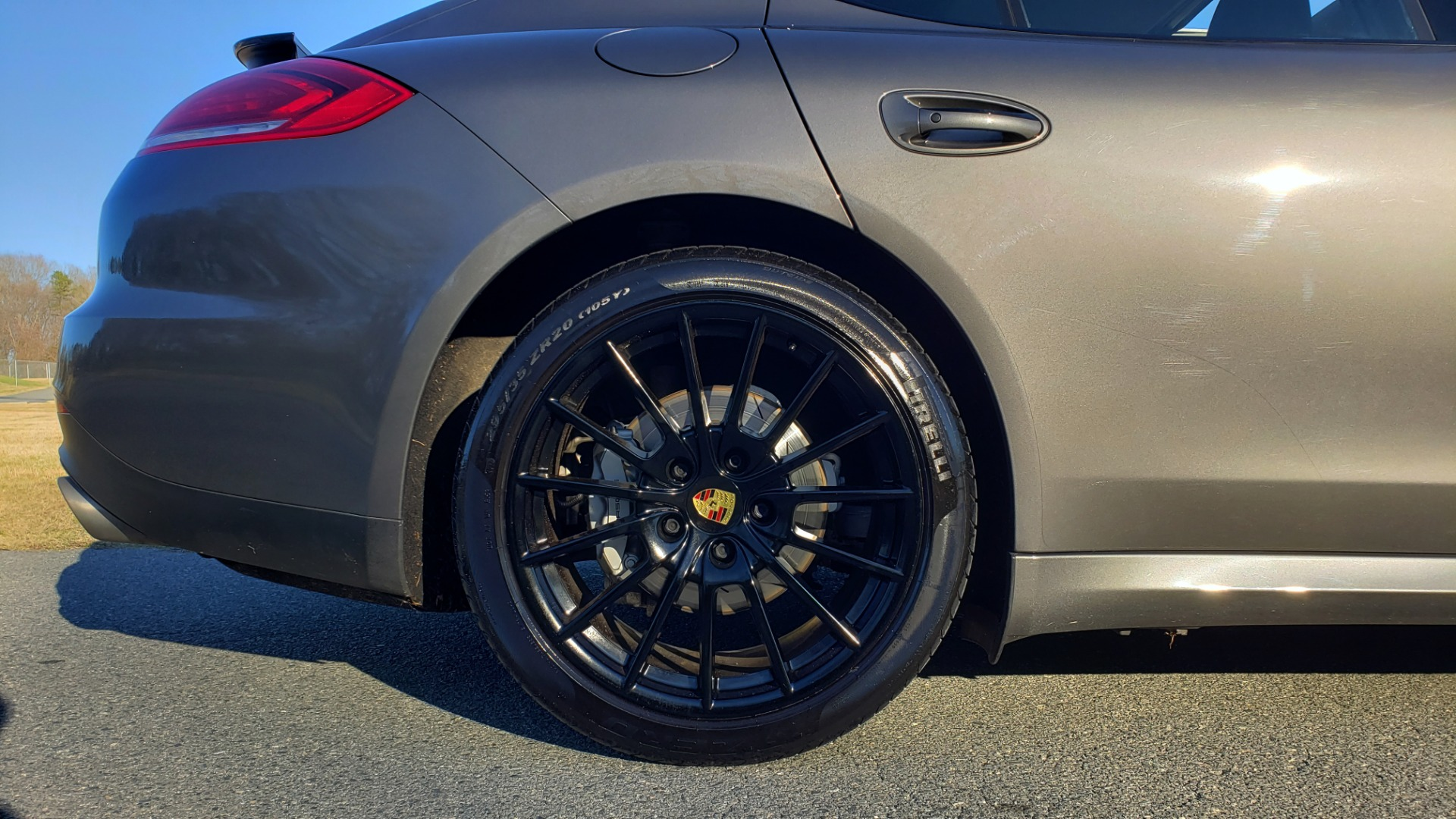 Used 2016 Porsche PANAMERA S / TURBO V6 / PDK / NAV / BOSE / SNRF / LDW / REARVIEW for sale Sold at Formula Imports in Charlotte NC 28227 97