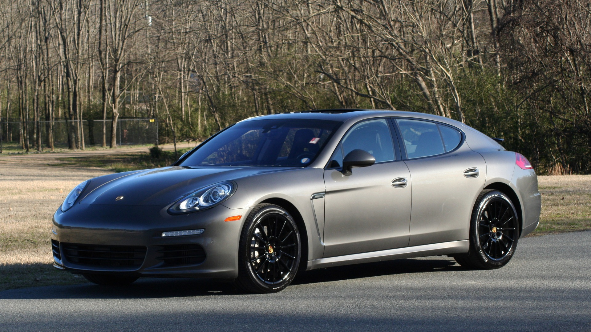 Used 2016 Porsche PANAMERA S / TURBO V6 / PDK / NAV / BOSE / SNRF / LDW / REARVIEW for sale Sold at Formula Imports in Charlotte NC 28227 1