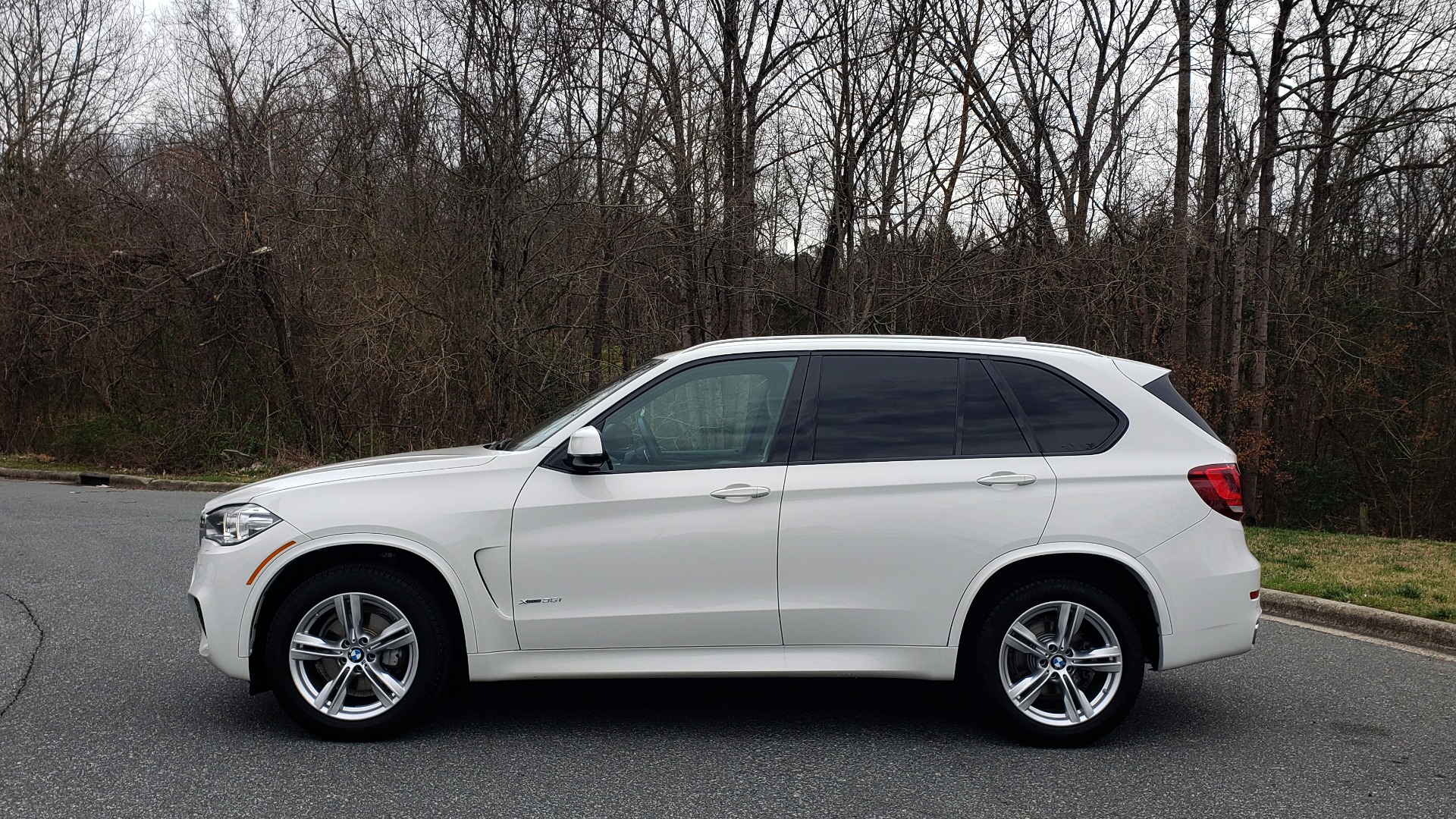 Used 2017 BMW X5 XDRIVE35I M-SPORT / PREM PKG / DRVR ASST PLUS CLD WTHR for sale Sold at Formula Imports in Charlotte NC 28227 2