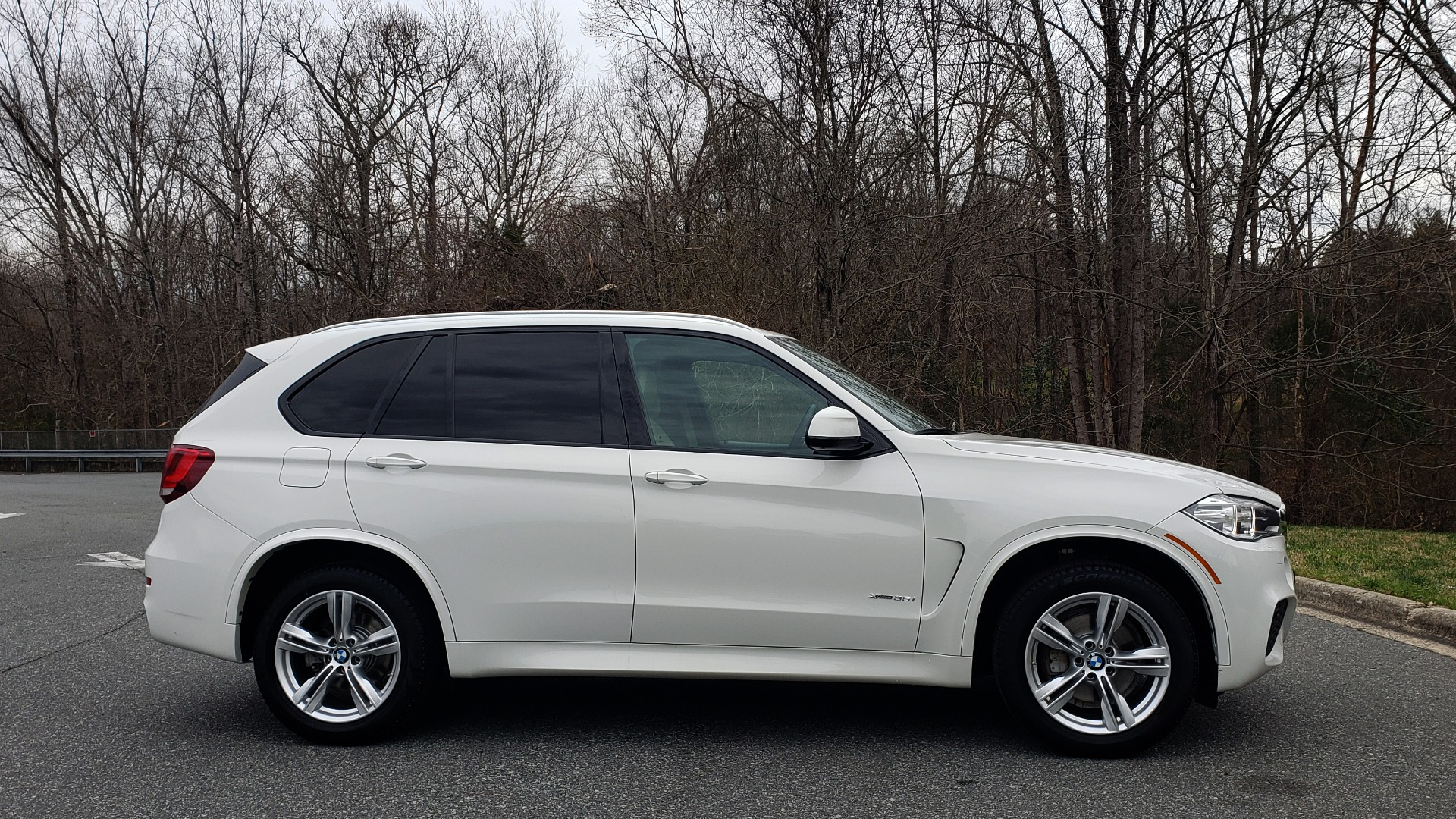 Used 2017 BMW X5 XDRIVE35I M-SPORT / PREM PKG / DRVR ASST PLUS CLD WTHR for sale Sold at Formula Imports in Charlotte NC 28227 5