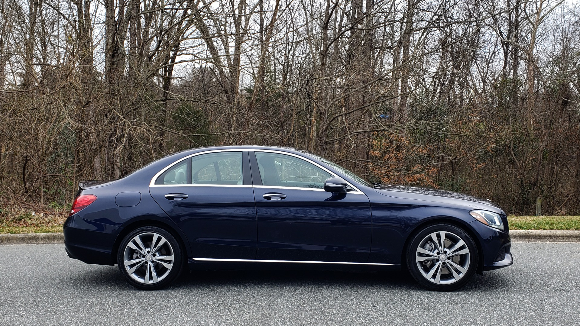 Used 2016 Mercedes-Benz C-CLASS C 300 / PREM PKG / PANO-ROOF / BSA / HTD STS / REARVIEW for sale Sold at Formula Imports in Charlotte NC 28227 5