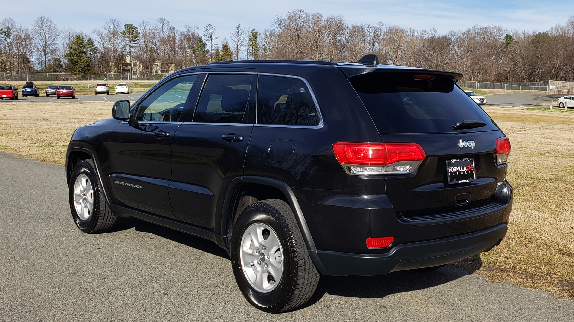 Used 2015 Jeep GRAND CHEROKEE LAREDO / 4X2 / 3.6L V6 / AUTO / 17IN WHEELS for sale Sold at Formula Imports in Charlotte NC 28227 3