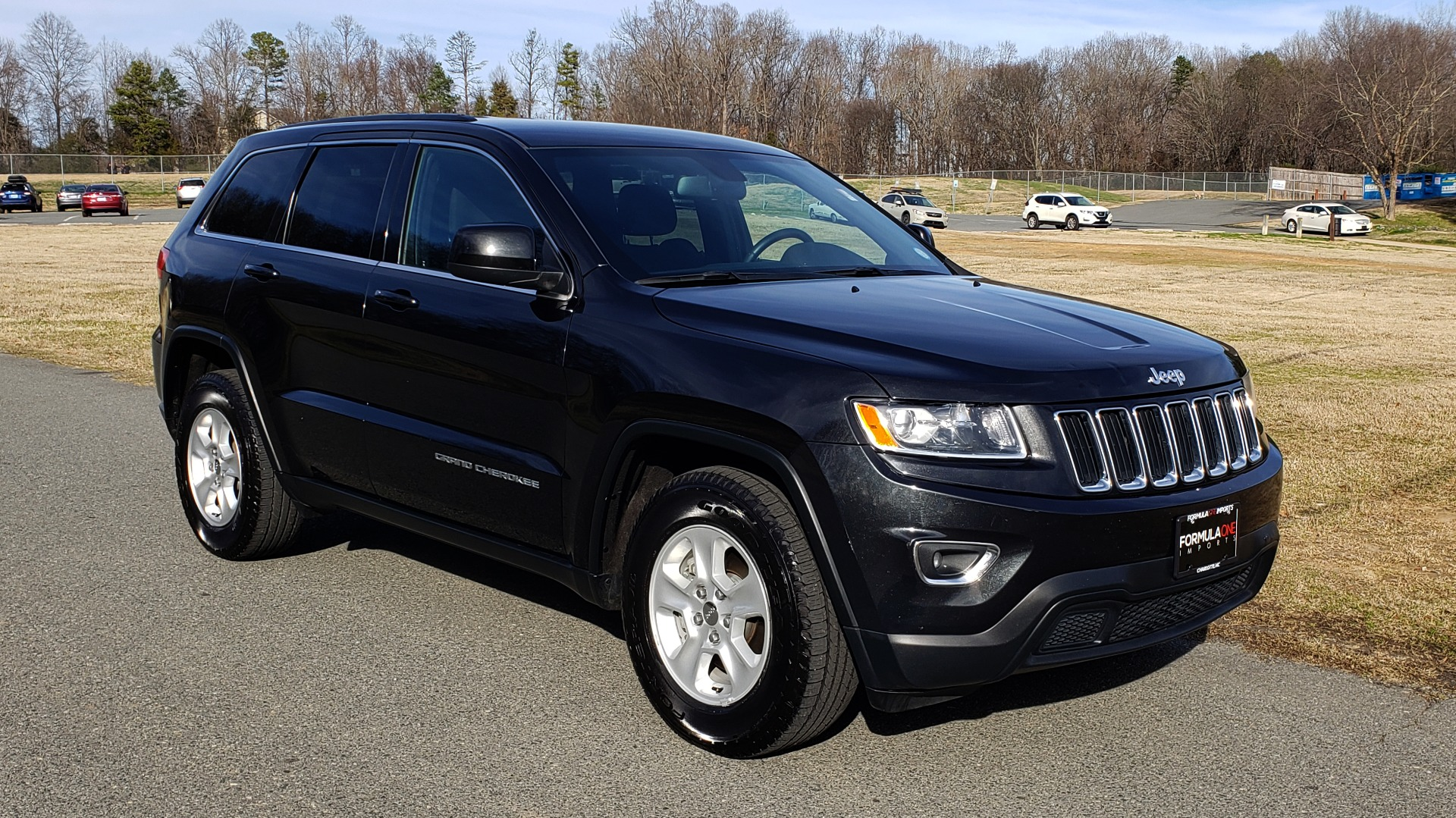 Used 2015 Jeep GRAND CHEROKEE LAREDO / 4X2 / 3.6L V6 / AUTO / 17IN WHEELS for sale Sold at Formula Imports in Charlotte NC 28227 4