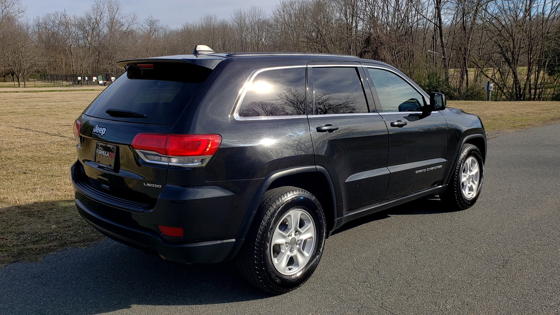 Used 2015 Jeep GRAND CHEROKEE LAREDO / 4X2 / 3.6L V6 / AUTO / 17IN WHEELS for sale Sold at Formula Imports in Charlotte NC 28227 6