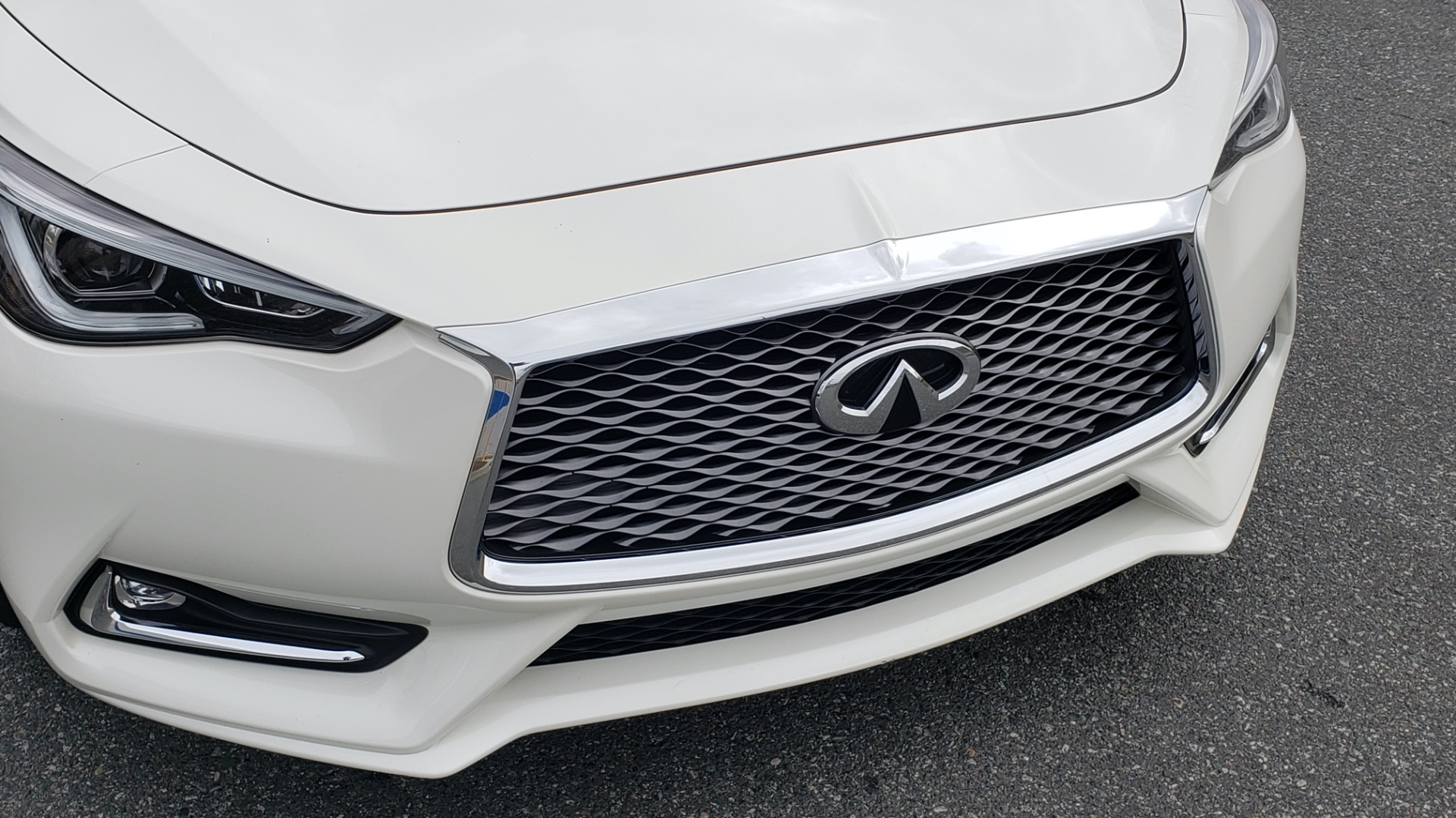 Used 2018 Infiniti Q60 RED SPORT 400 / SENSORY PKG / SUNROOF / NAV / REARVIEW for sale Sold at Formula Imports in Charlotte NC 28227 25
