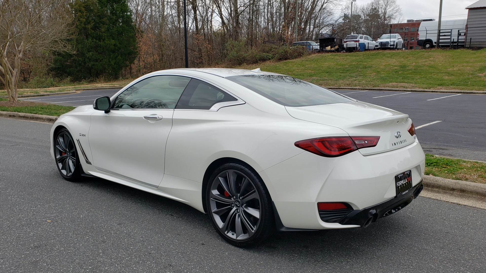 Used 2018 Infiniti Q60 RED SPORT 400 / SENSORY PKG / SUNROOF / NAV / REARVIEW for sale Sold at Formula Imports in Charlotte NC 28227 3