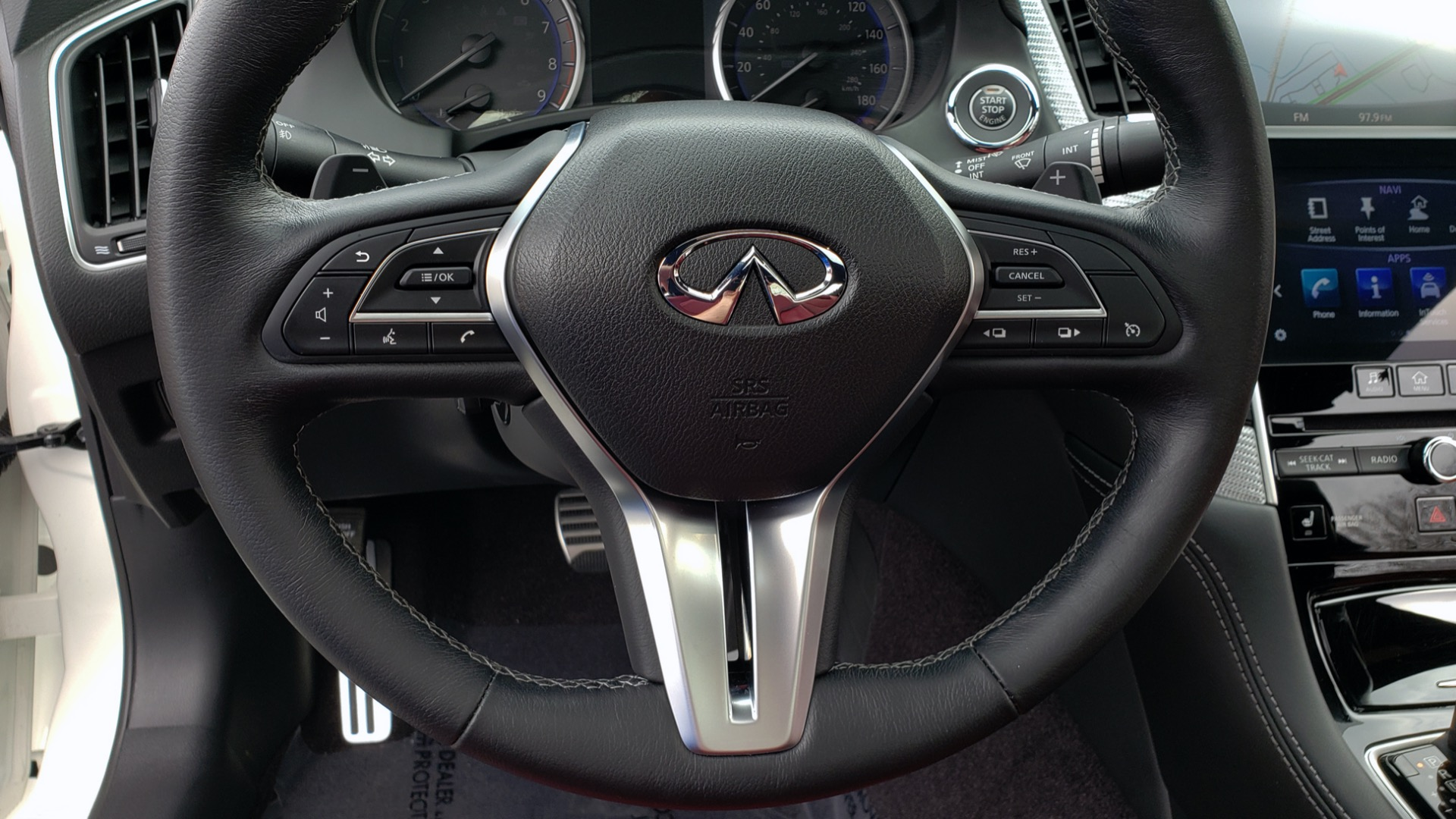 Used 2018 INFINITI Q60 RED SPORT 400 / SENSORY PKG / SUNROOF / NAV / REARVIEW for sale Sold at Formula Imports in Charlotte NC 28227 43