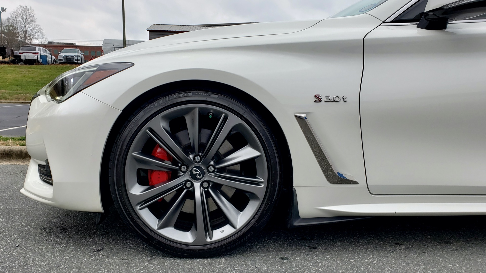 Used 2018 Infiniti Q60 RED SPORT 400 / SENSORY PKG / SUNROOF / NAV / REARVIEW for sale Sold at Formula Imports in Charlotte NC 28227 71