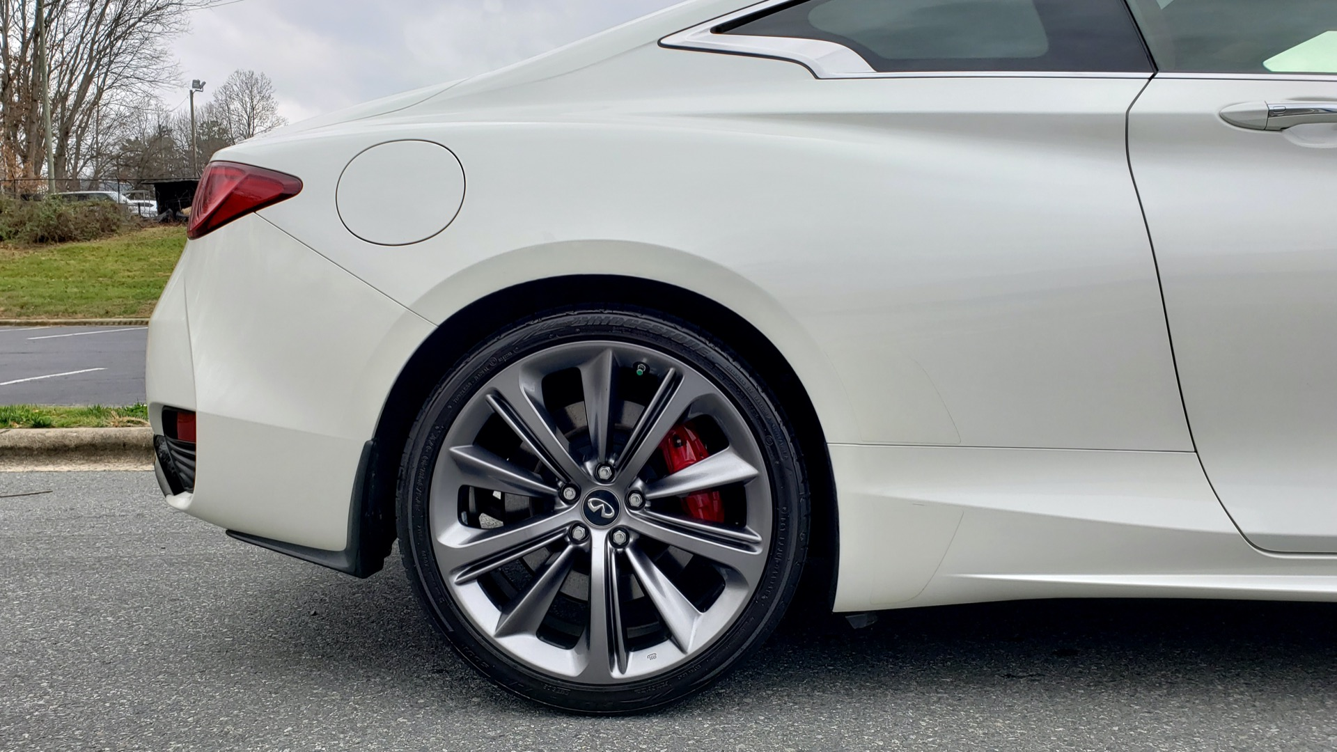 Used 2018 INFINITI Q60 RED SPORT 400 / SENSORY PKG / SUNROOF / NAV / REARVIEW for sale Sold at Formula Imports in Charlotte NC 28227 73