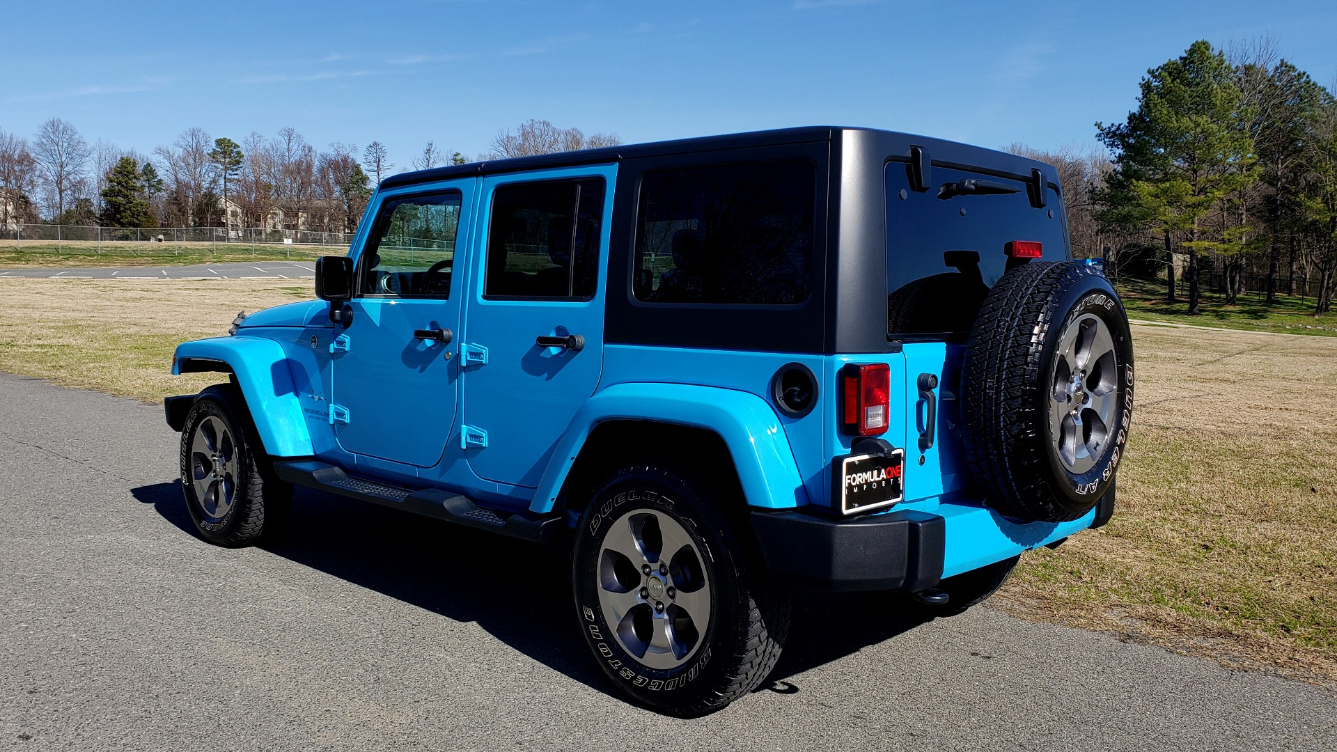Used 2017 Jeep WRANGLER UNLIMITED SAHARA 4X4 / FREEDOM TOP / V6 / AUTO / A/C for sale Sold at Formula Imports in Charlotte NC 28227 4
