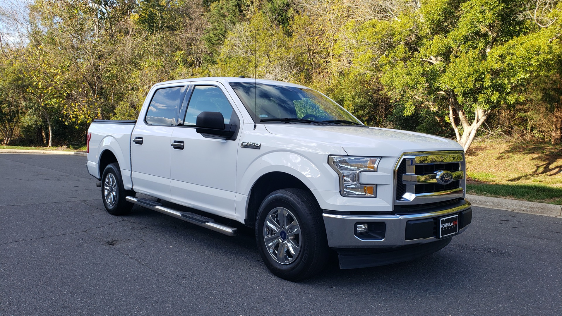 Used 2017 Ford F-150 XLT 4x2 SUPERCREW / V6 / AUTO / 145 WB / 5.6 BED for sale Sold at Formula Imports in Charlotte NC 28227 13