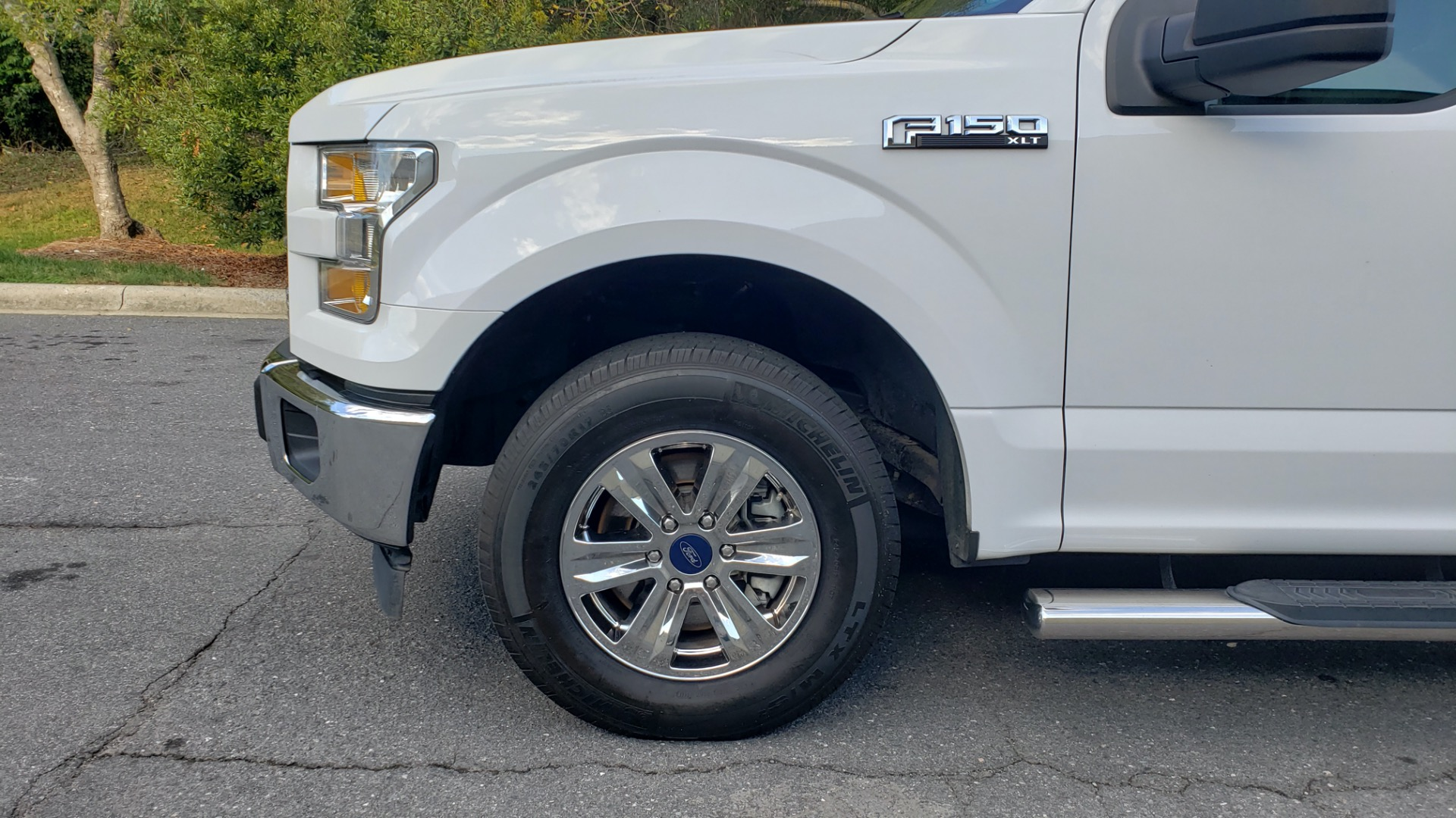 Used 2017 Ford F-150 XLT 4x2 SUPERCREW / V6 / AUTO / 145 WB / 5.6 BED for sale Sold at Formula Imports in Charlotte NC 28227 7