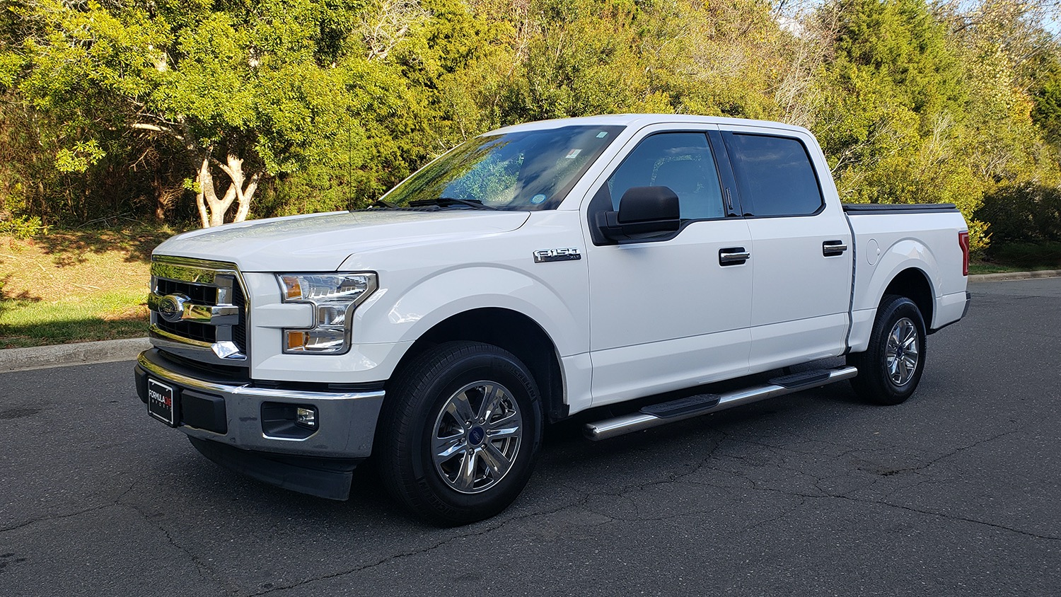 Used 2017 Ford F-150 XLT 4x2 SUPERCREW / V6 / AUTO / 145 WB / 5.6 BED for sale Sold at Formula Imports in Charlotte NC 28227 82