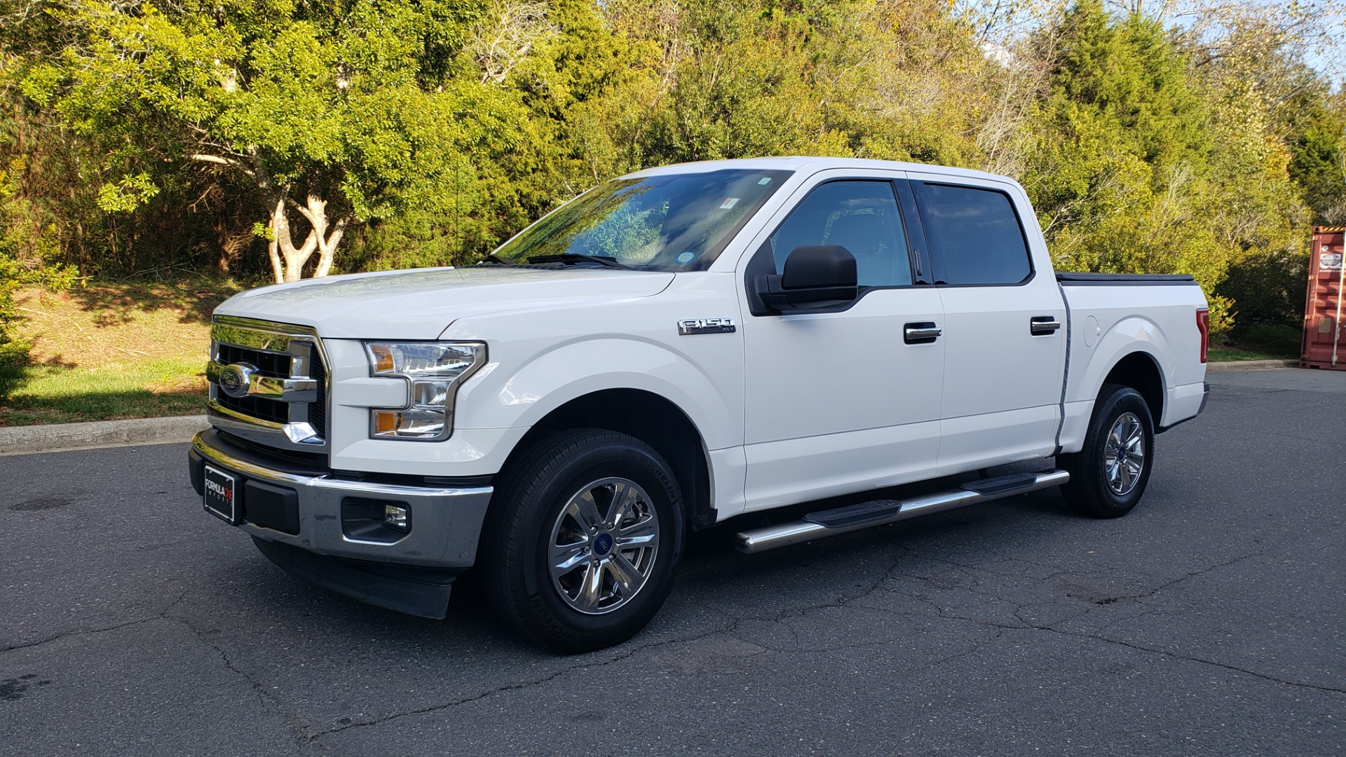 Used 2017 Ford F-150 XLT 4x2 SUPERCREW / V6 / AUTO / 145 WB / 5.6 BED for sale Sold at Formula Imports in Charlotte NC 28227 1