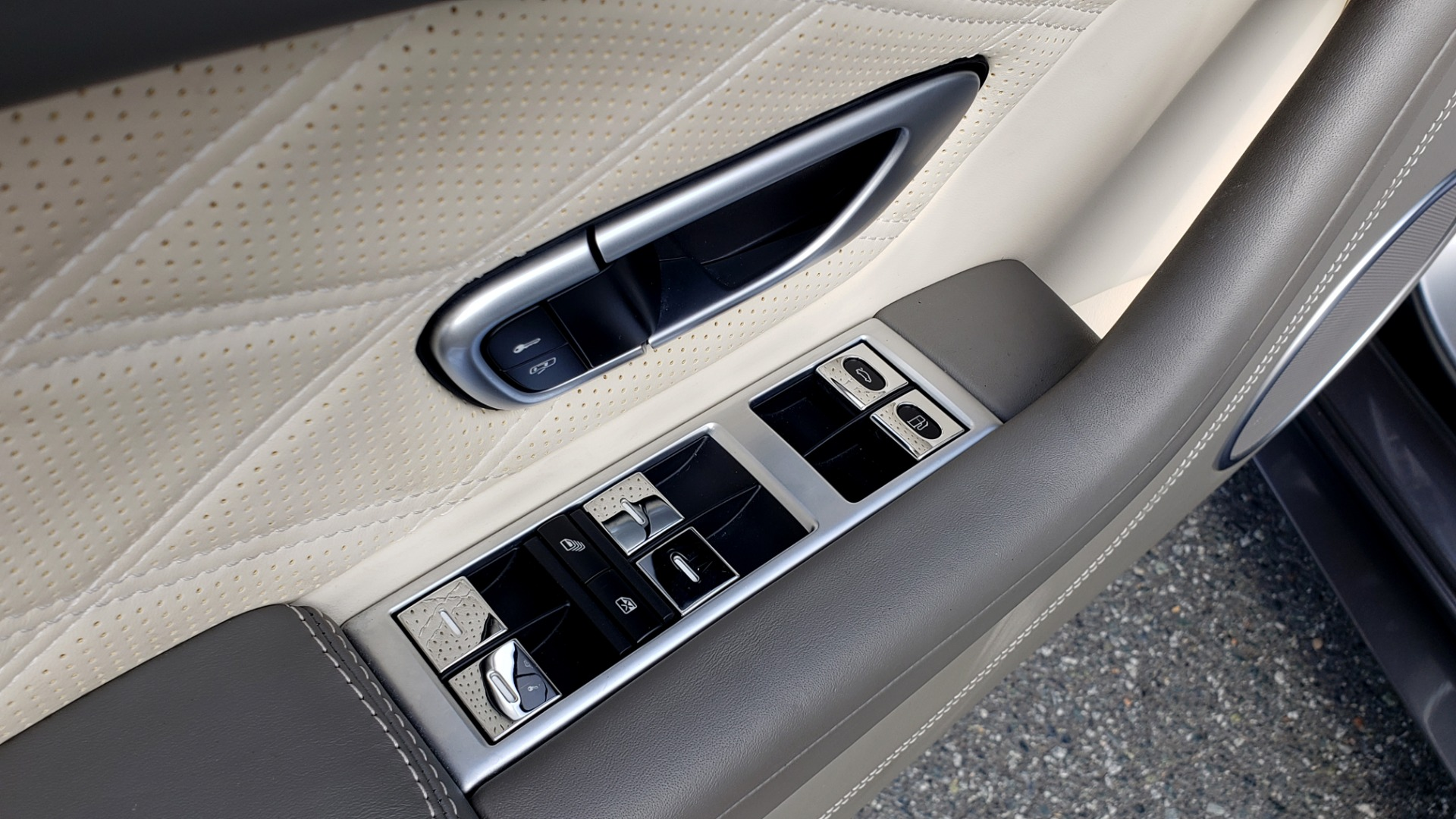 Used 2015 Bentley CONTINENTAL SPEED CONV / 6.0L W12 / NAV / VENT SEATS / REARVIEW for sale Sold at Formula Imports in Charlotte NC 28227 46