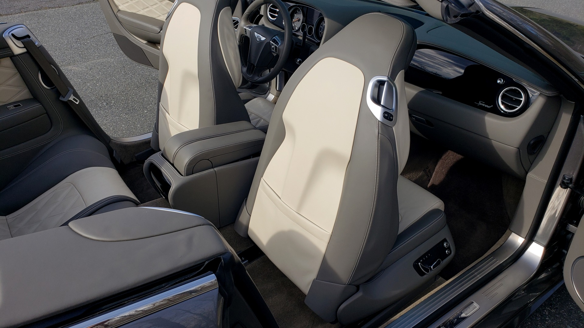 Used 2015 Bentley CONTINENTAL SPEED CONV / 6.0L W12 / NAV / VENT SEATS / REARVIEW for sale Sold at Formula Imports in Charlotte NC 28227 63