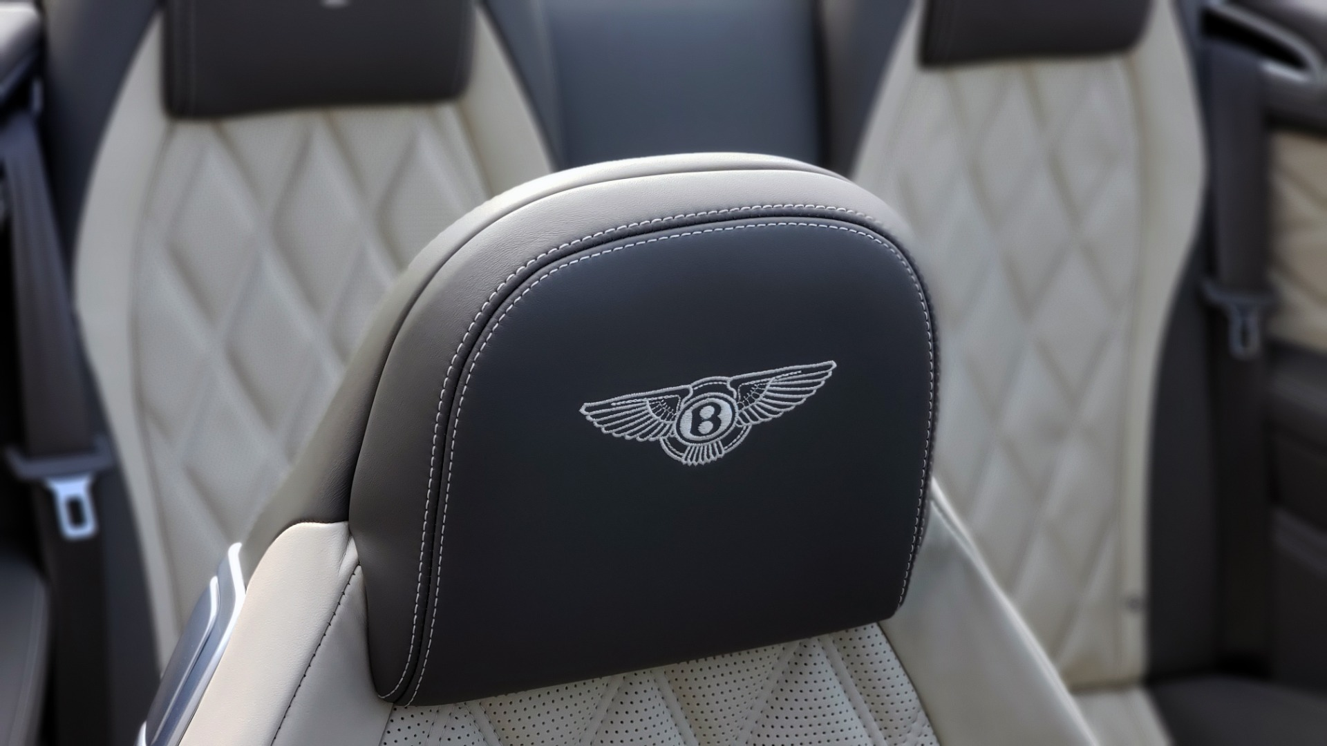 Used 2015 Bentley CONTINENTAL SPEED CONV / 6.0L W12 / NAV / VENT SEATS / REARVIEW for sale Sold at Formula Imports in Charlotte NC 28227 70
