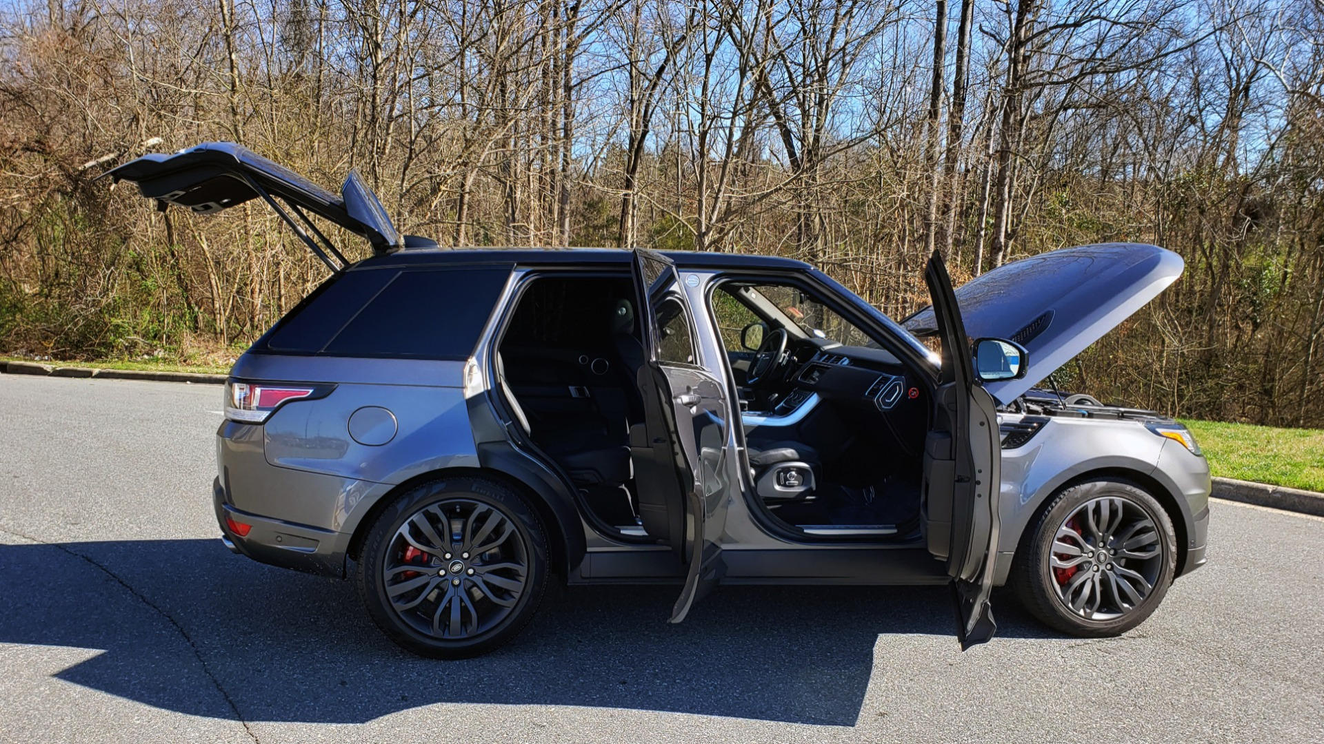 Used 2017 Land Rover RANGE ROVER SPORT HSE DYNAMIC / NAV / SUNROOF / REARVIEW for sale Sold at Formula Imports in Charlotte NC 28227 10