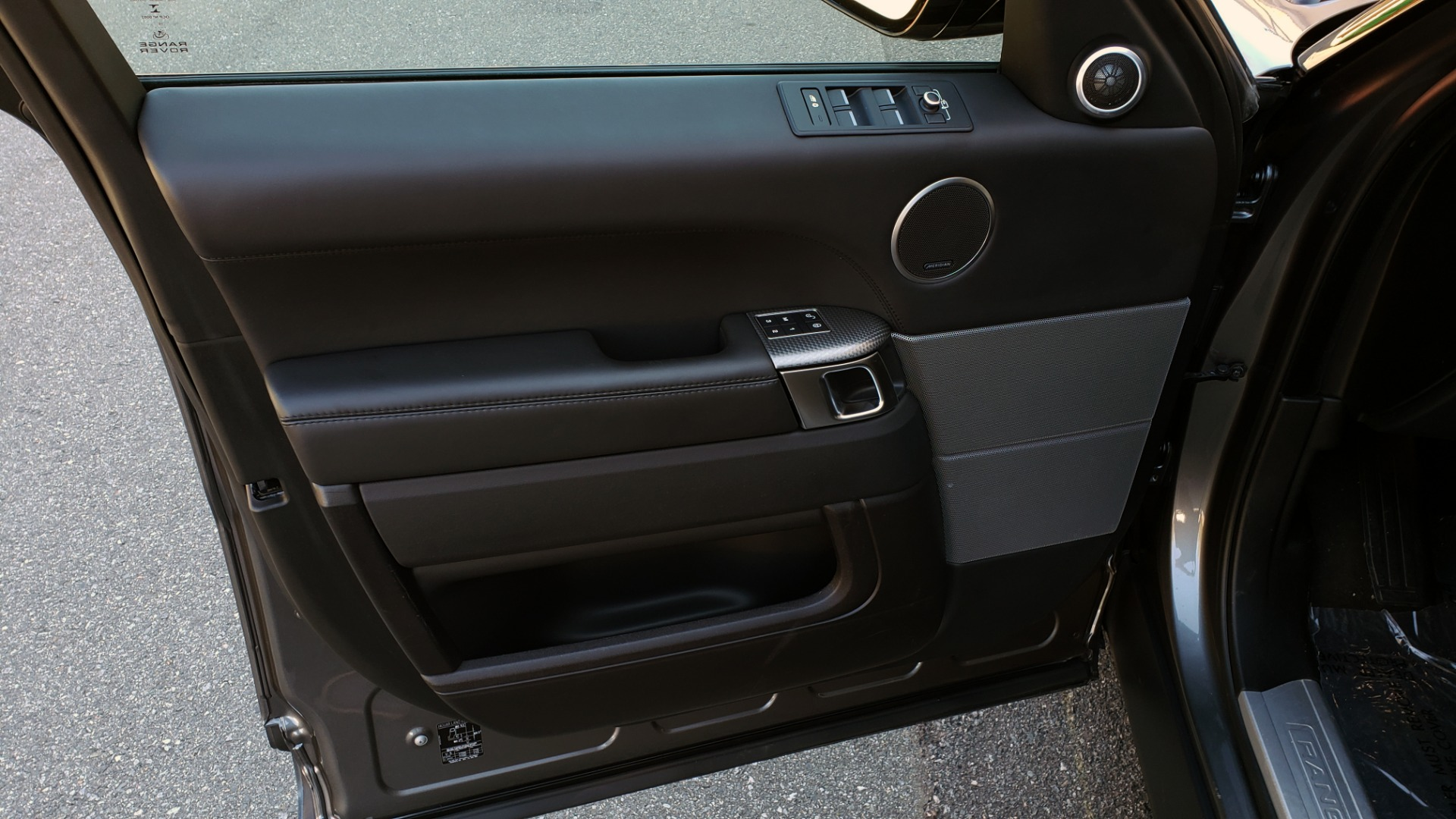 Used 2017 Land Rover RANGE ROVER SPORT HSE DYNAMIC / NAV / SUNROOF / REARVIEW for sale Sold at Formula Imports in Charlotte NC 28227 27