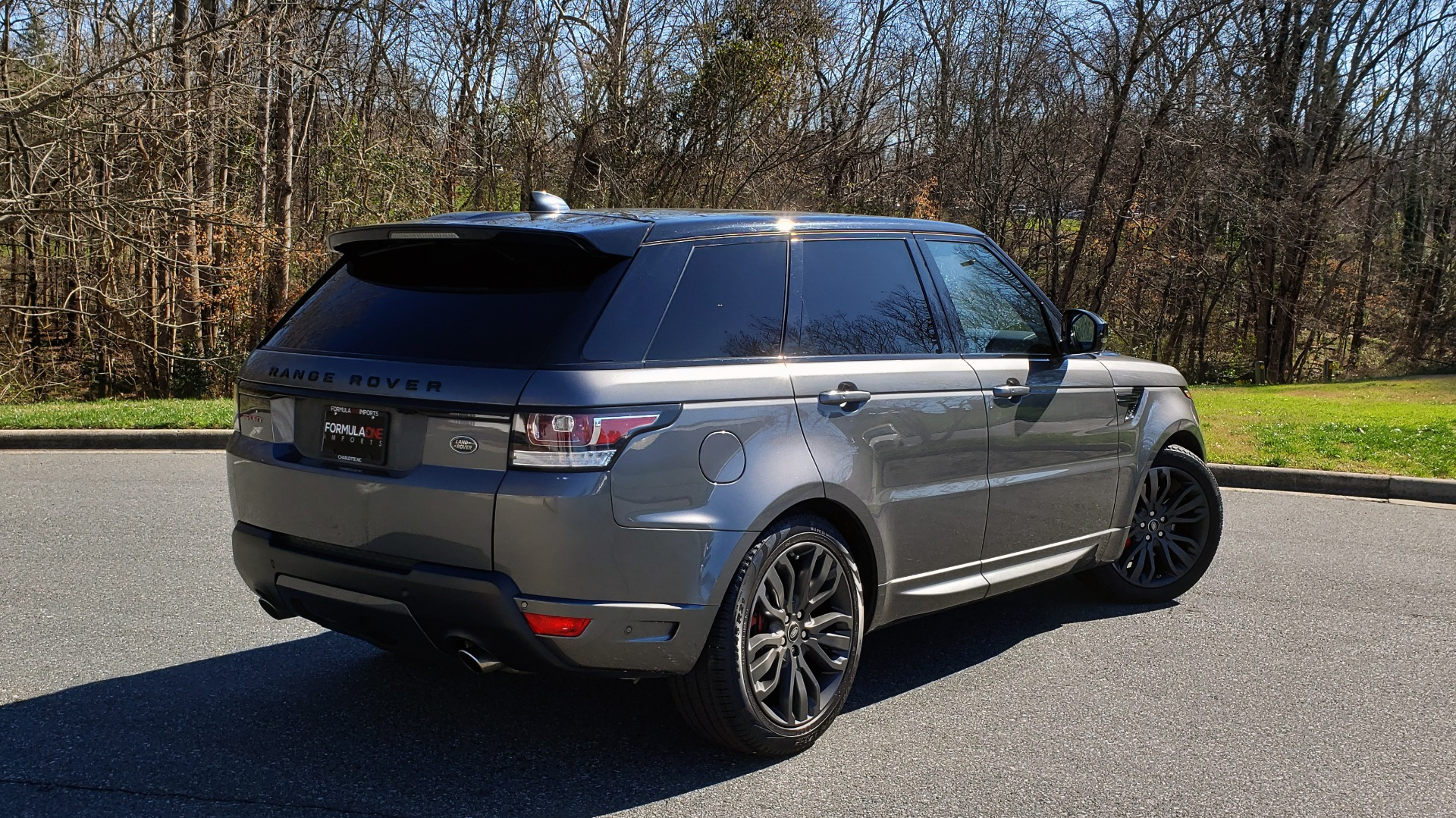 Used 2017 Land Rover RANGE ROVER SPORT HSE DYNAMIC / NAV / SUNROOF / REARVIEW for sale Sold at Formula Imports in Charlotte NC 28227 6