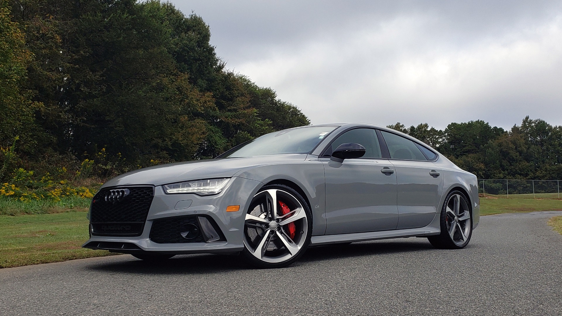 Used 2018 Audi RS 7 4.0T TIPTRONIC / CARBON OPTIC / DRVR ASST / NAV / REARVIEW for sale $91,625 at Formula One Imports in Charlotte NC 28227 1