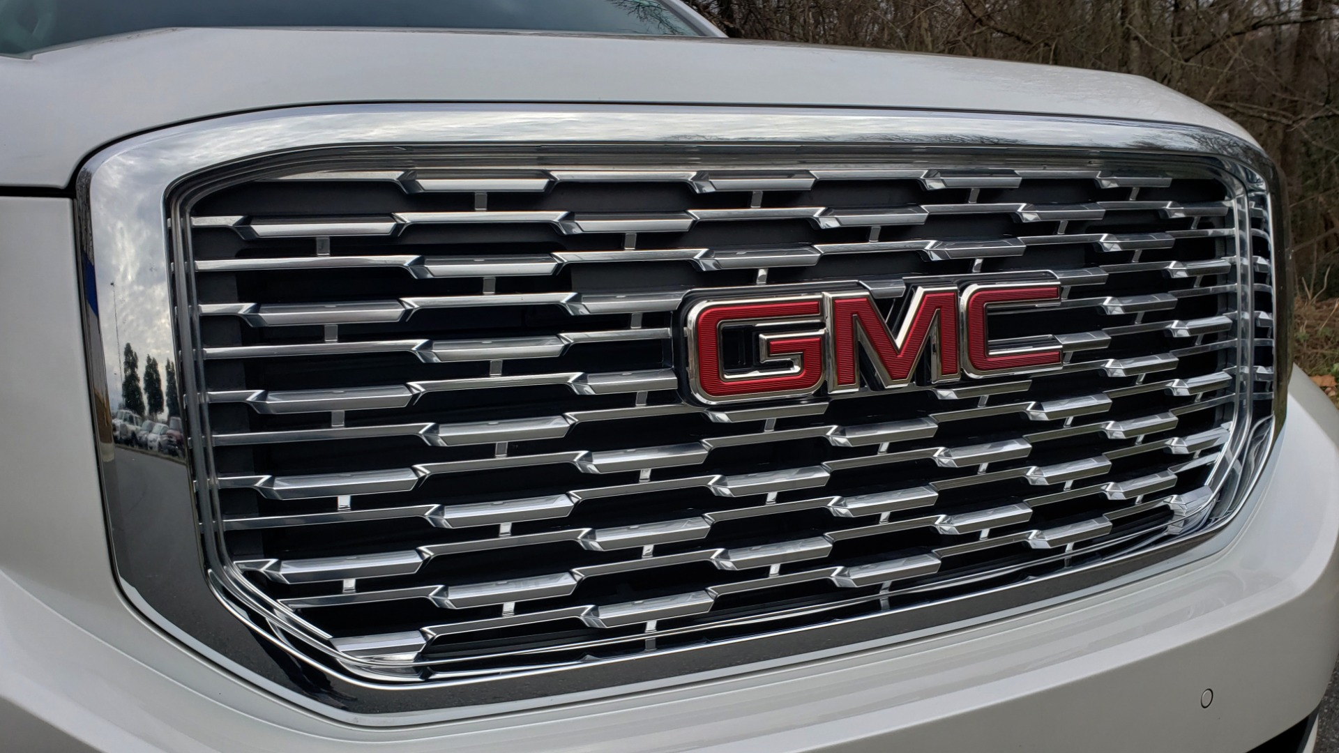 Used 2018 GMC YUKON DENALI 4WD / NAV / SUNROOF / BOSE / 3-ROW / REARVIEW for sale Sold at Formula Imports in Charlotte NC 28227 14