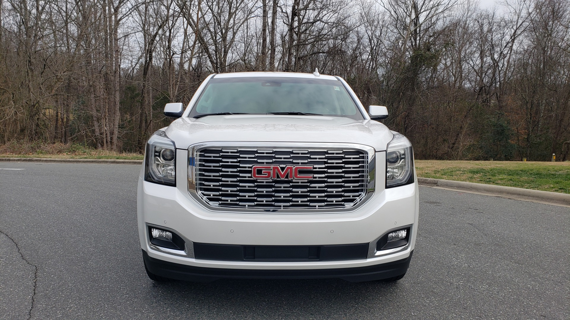 Used 2018 GMC YUKON DENALI 4WD / NAV / SUNROOF / BOSE / 3-ROW / REARVIEW for sale Sold at Formula Imports in Charlotte NC 28227 25