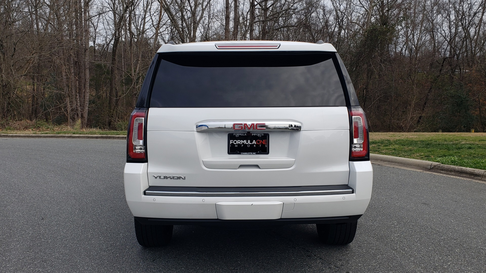 Used 2018 GMC YUKON DENALI 4WD / NAV / SUNROOF / BOSE / 3-ROW / REARVIEW for sale Sold at Formula Imports in Charlotte NC 28227 32