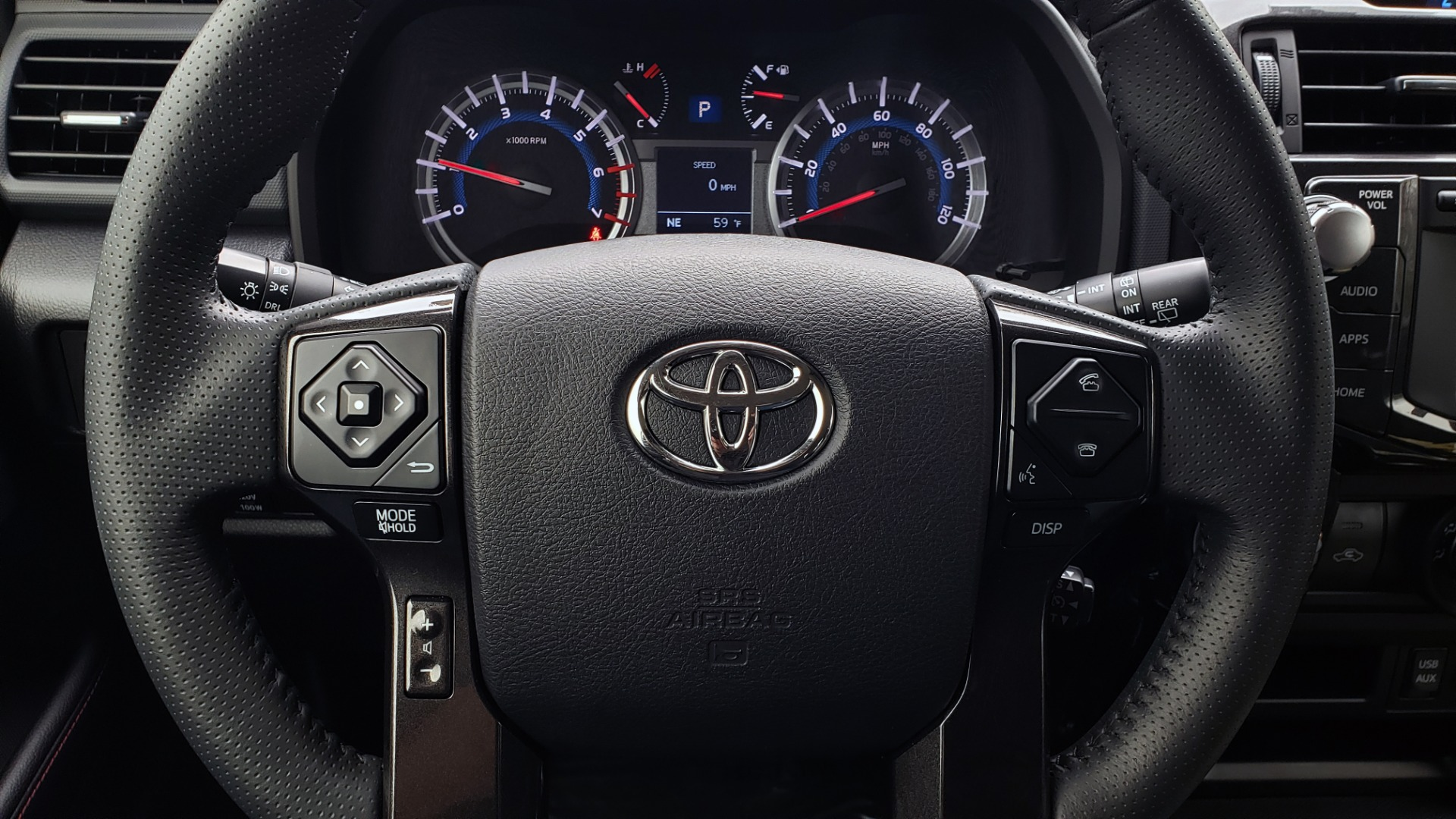 Used 2018 Toyota 4RUNNER TRD OFF-ROAD 4X4 / V6 / AUTO / LEATHER / LOW MILES! for sale Sold at Formula Imports in Charlotte NC 28227 12
