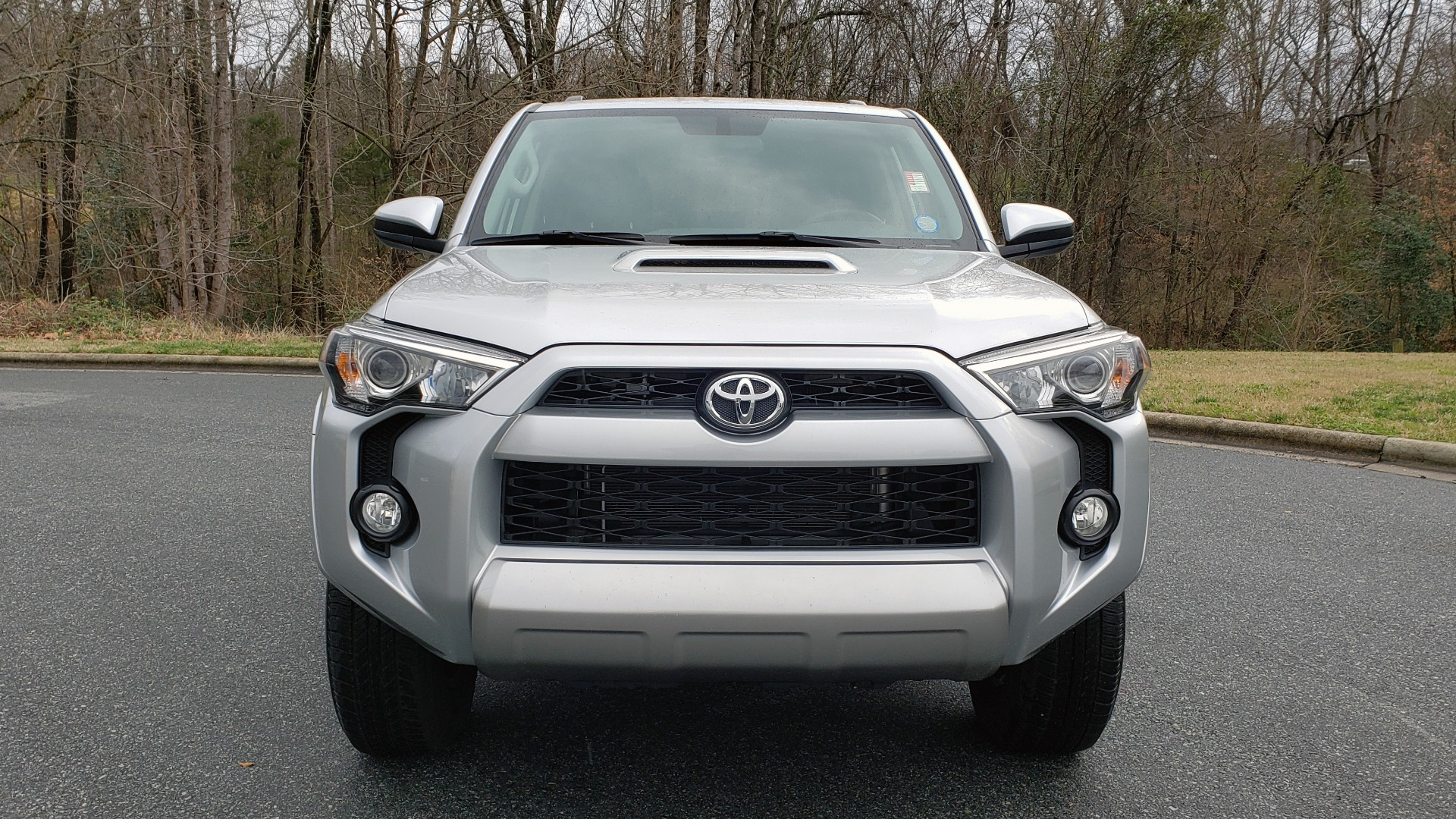 Used 2018 Toyota 4RUNNER TRD OFF-ROAD 4X4 / V6 / AUTO / LEATHER / LOW MILES! for sale Sold at Formula Imports in Charlotte NC 28227 25