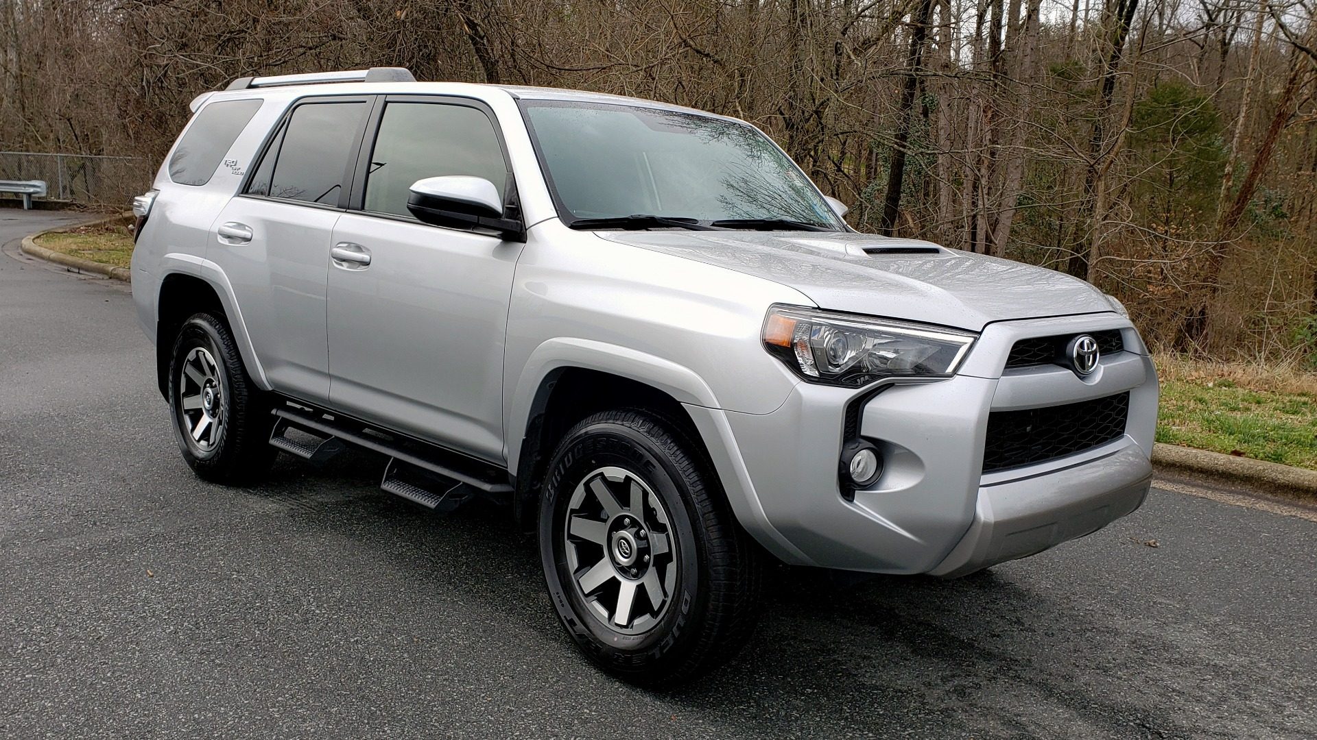 Used 2018 Toyota 4RUNNER TRD OFF-ROAD 4X4 / V6 / AUTO / LEATHER / LOW MILES! for sale Sold at Formula Imports in Charlotte NC 28227 4