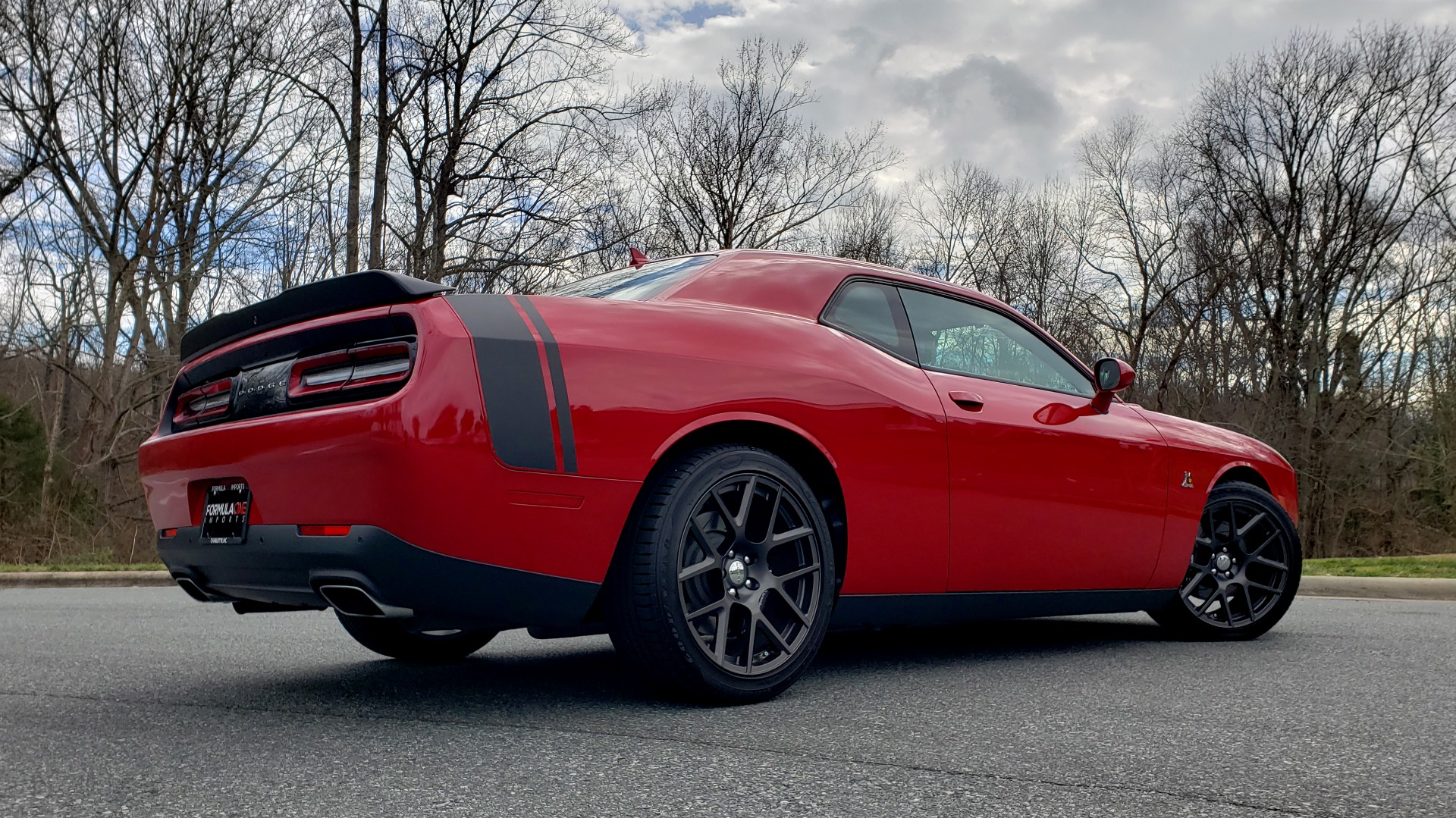 Used 2016 Dodge CHALLENGER R/T SCAT PACK / TECHNOLOGY / ALPINE / 6-SPEED MAN for sale Sold at Formula Imports in Charlotte NC 28227 11