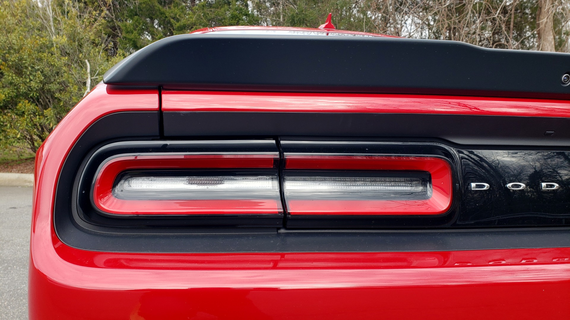 Used 2016 Dodge CHALLENGER R/T SCAT PACK / TECHNOLOGY / ALPINE / 6-SPEED MAN for sale Sold at Formula Imports in Charlotte NC 28227 25