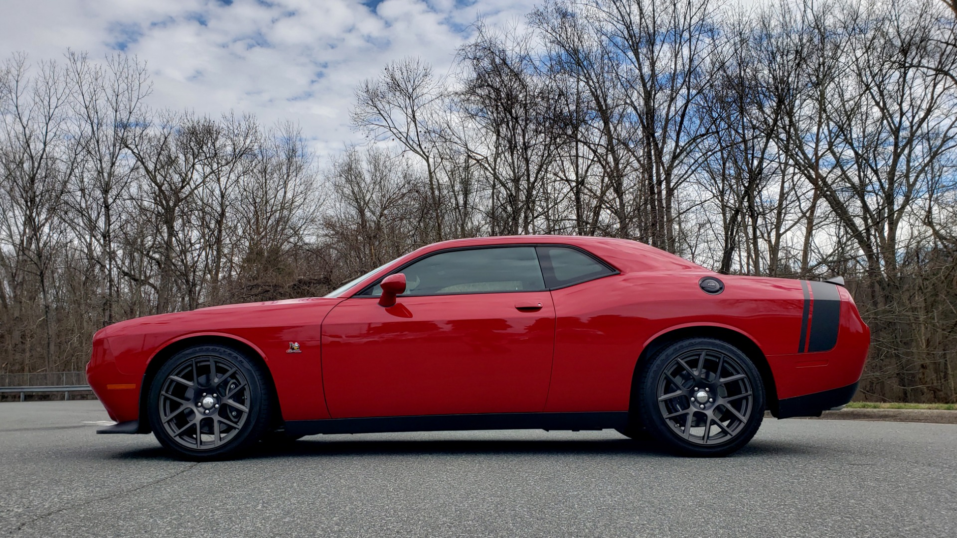 Used 2016 Dodge CHALLENGER R/T SCAT PACK / TECHNOLOGY / ALPINE / 6-SPEED MAN for sale Sold at Formula Imports in Charlotte NC 28227 3