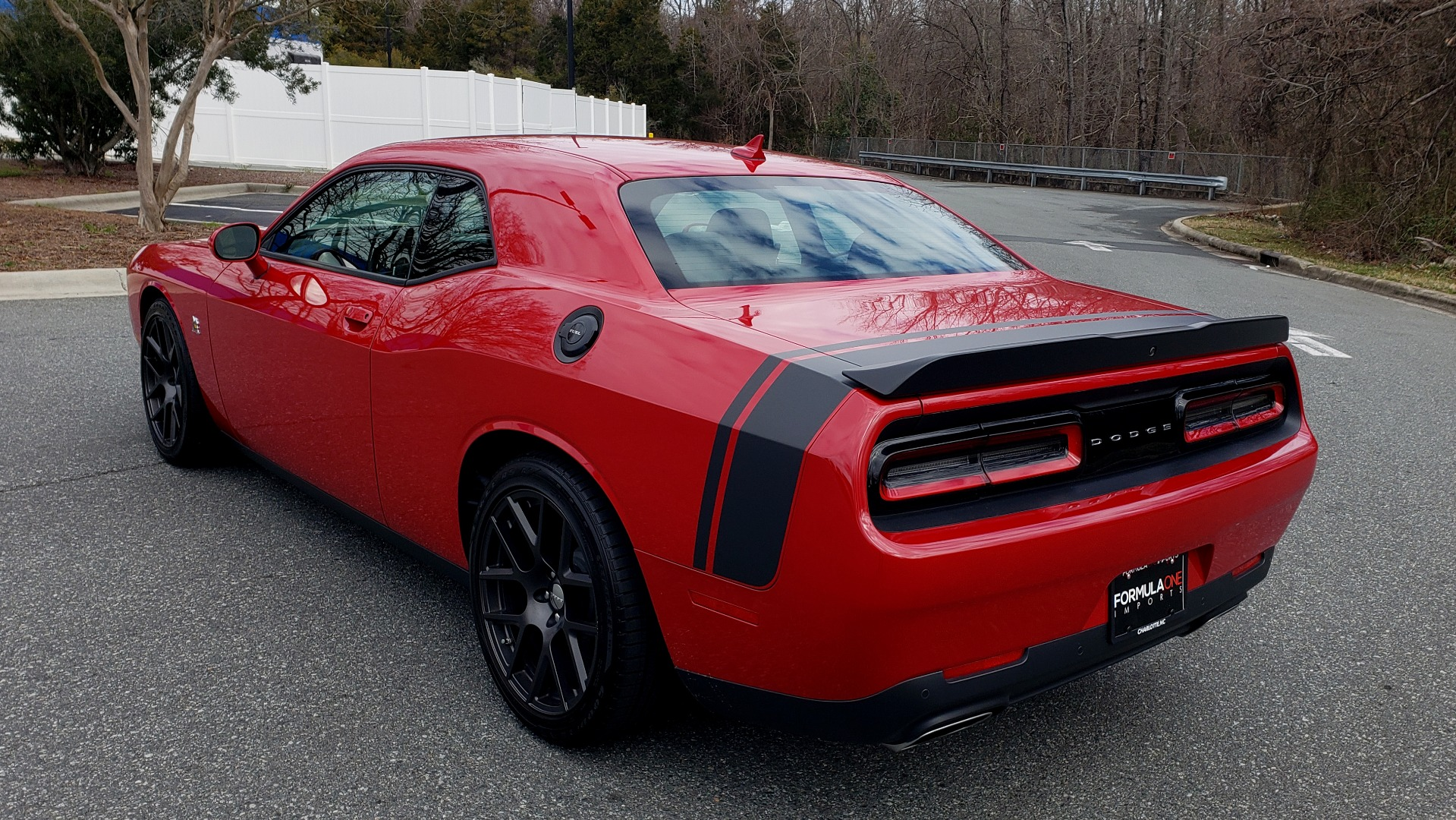 Used 2016 Dodge CHALLENGER R/T SCAT PACK / TECHNOLOGY / ALPINE / 6-SPEED MAN for sale Sold at Formula Imports in Charlotte NC 28227 4