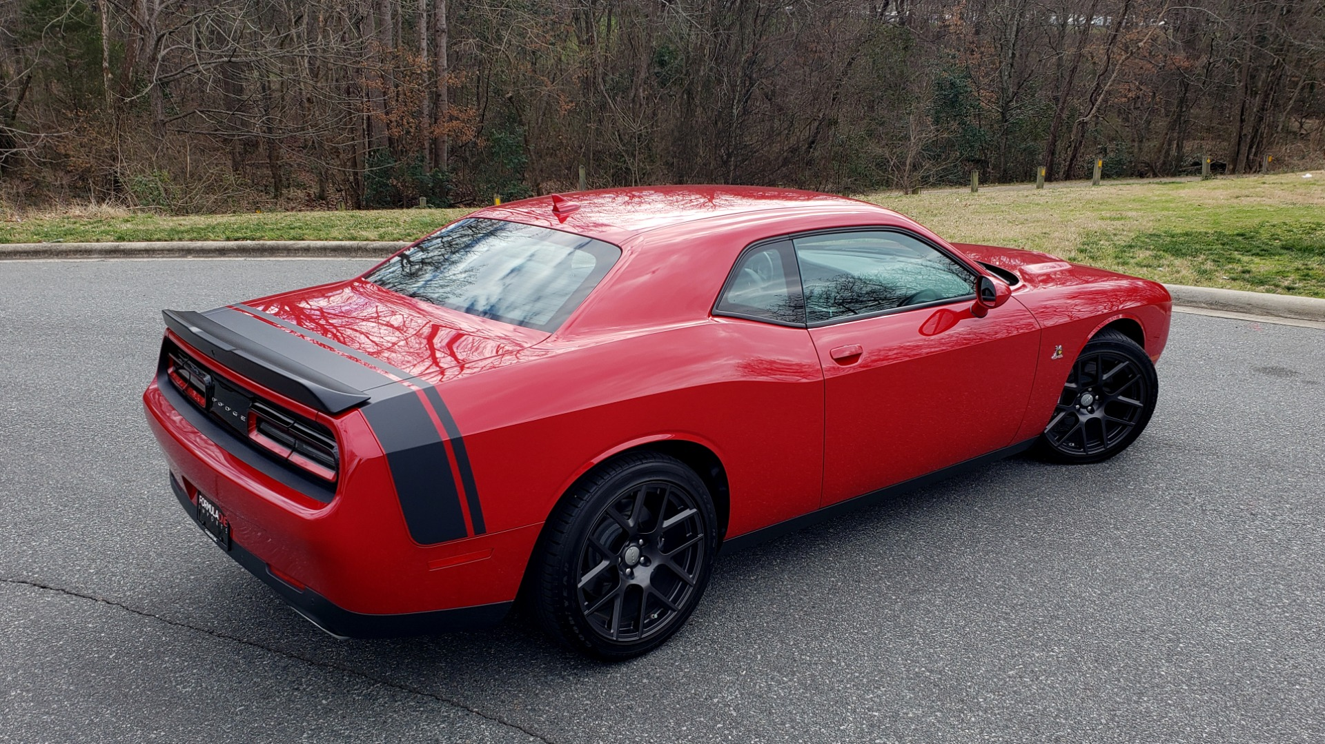 Used 2016 Dodge CHALLENGER R/T SCAT PACK / TECHNOLOGY / ALPINE / 6-SPEED MAN for sale Sold at Formula Imports in Charlotte NC 28227 7