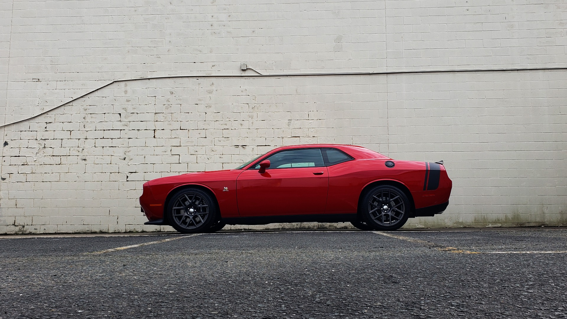 Used 2016 Dodge CHALLENGER R/T SCAT PACK / TECHNOLOGY / ALPINE / 6-SPEED MAN for sale Sold at Formula Imports in Charlotte NC 28227 84