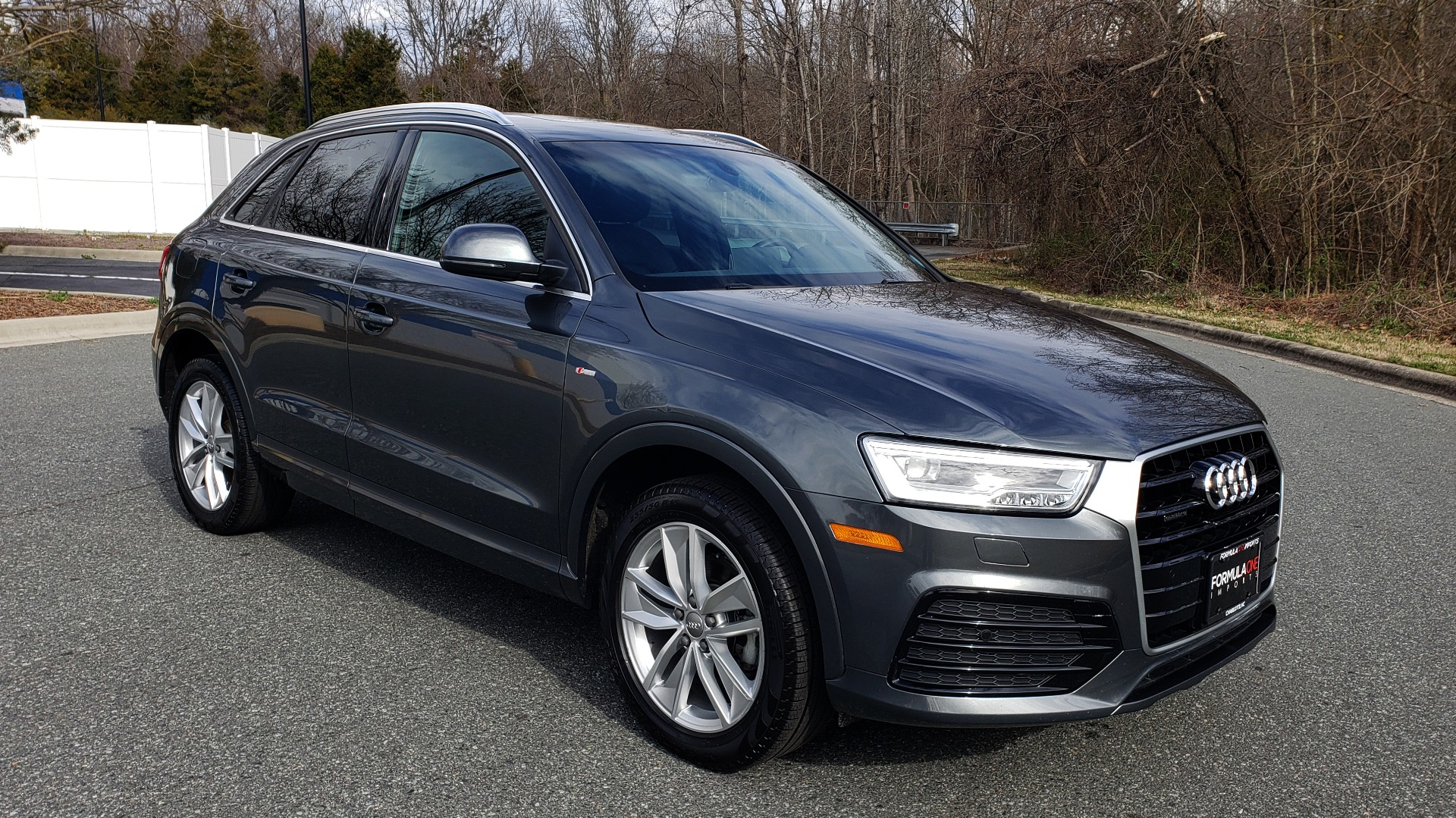 Used 2018 Audi Q3 2.0T PREMIUM PLUS / AWD / PANO-ROOF / REARVIEW for sale Sold at Formula Imports in Charlotte NC 28227 4