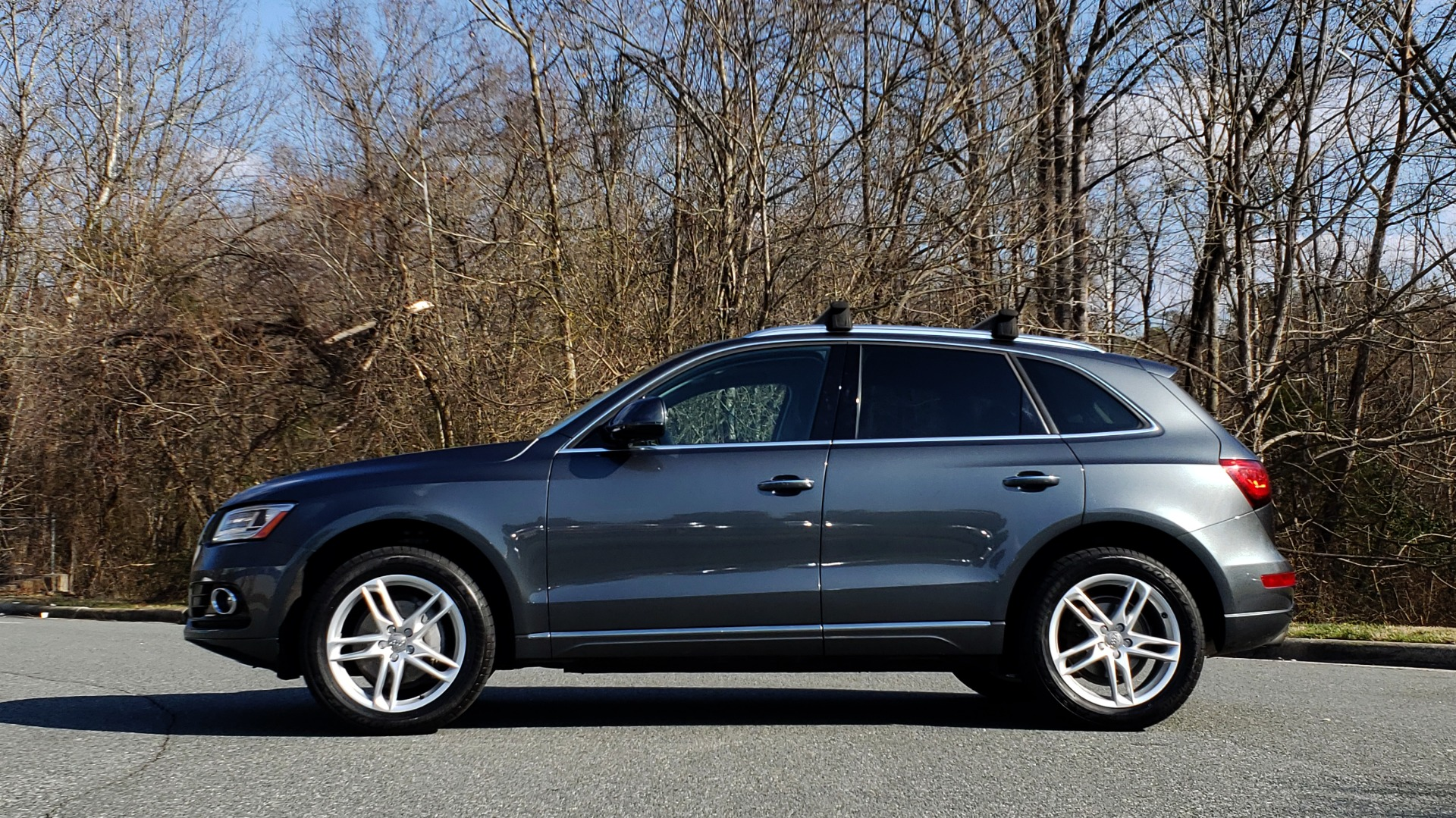 Used 2017 Audi Q5 PREMIUM PLUS / TECH / NAV / PANO / REARVIEW / B&O SND for sale Sold at Formula Imports in Charlotte NC 28227 2
