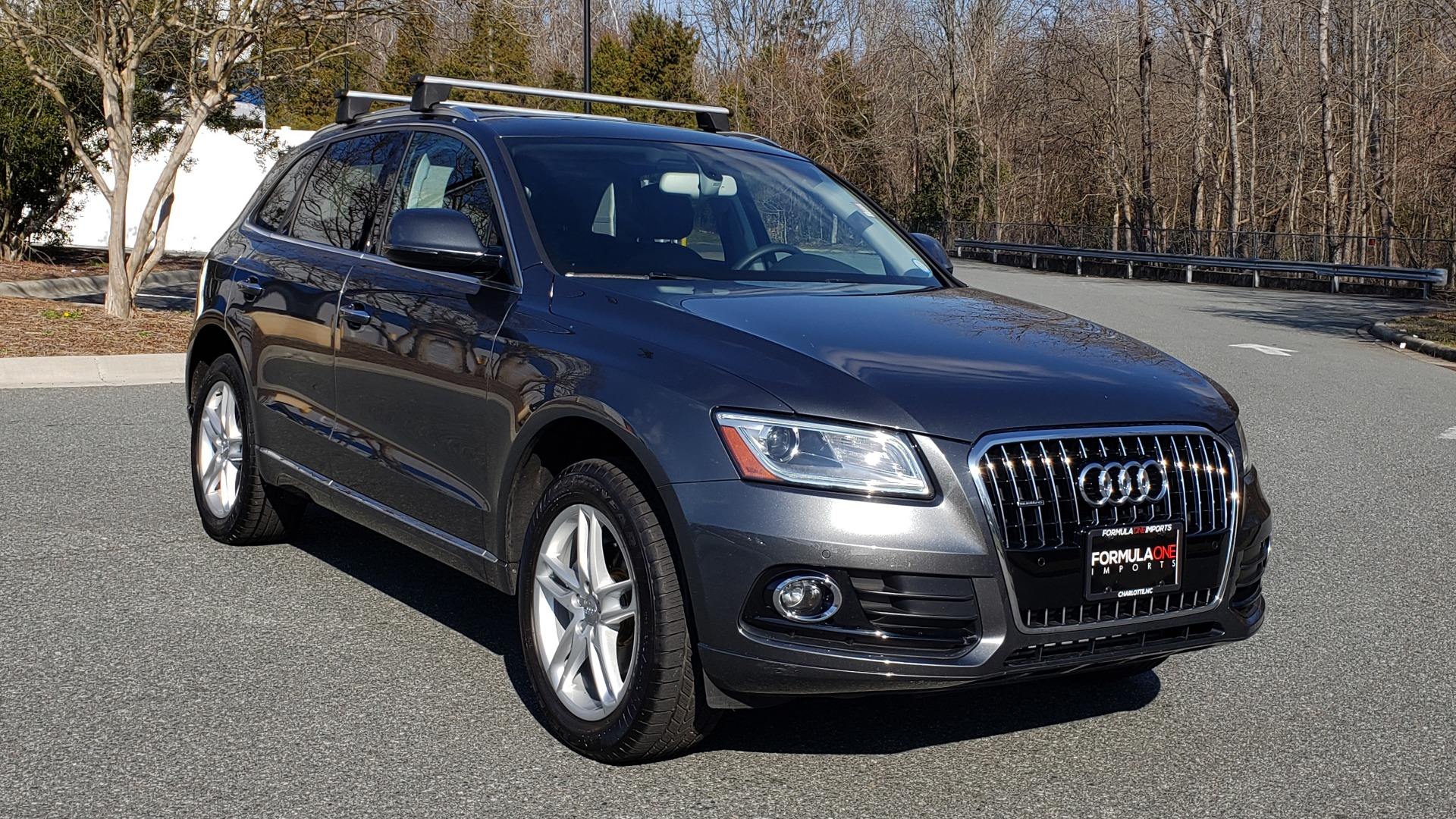 Used 2017 Audi Q5 PREMIUM PLUS / TECH / NAV / PANO / REARVIEW / B&O SND for sale Sold at Formula Imports in Charlotte NC 28227 4
